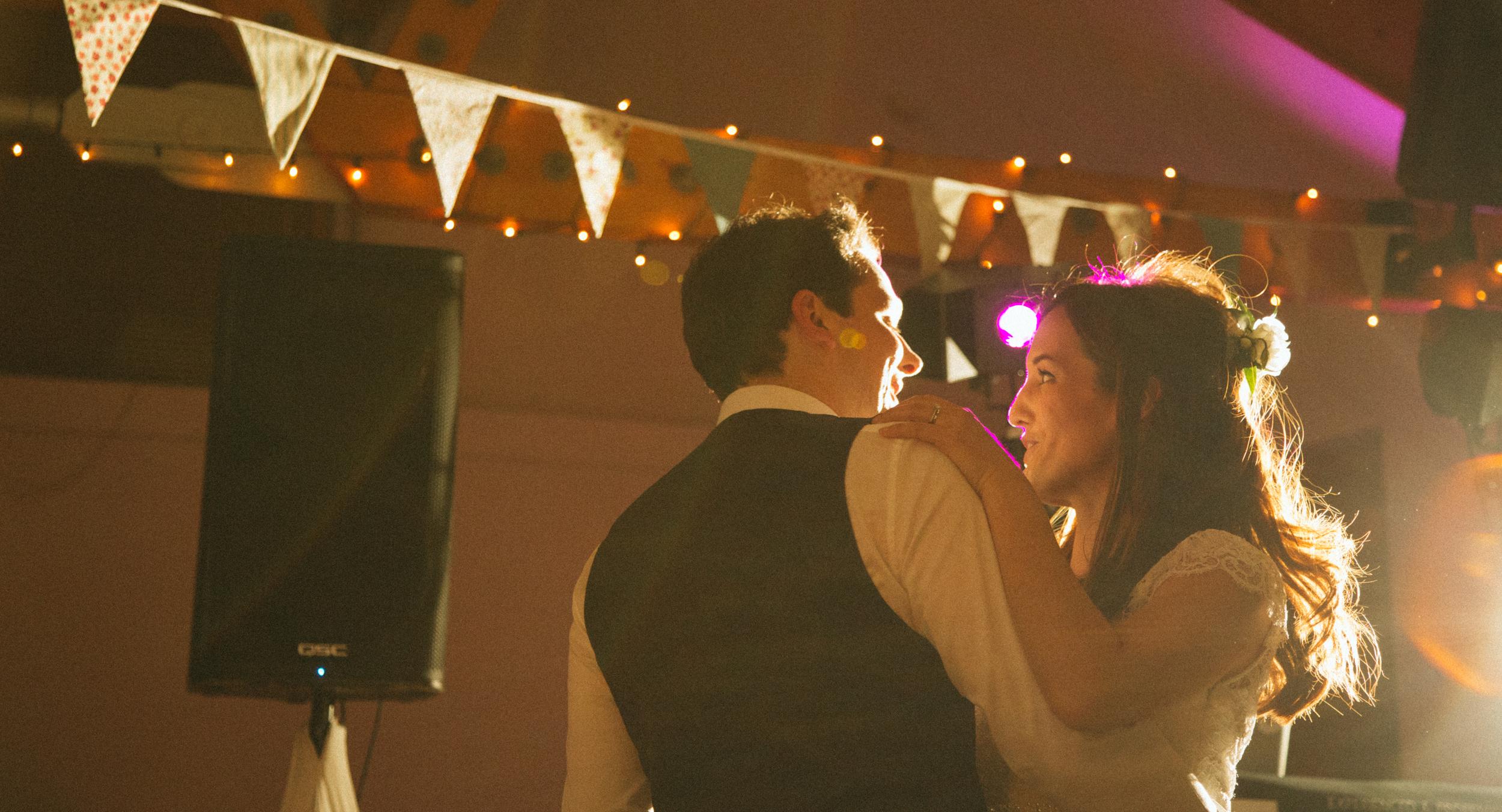 barnes-wedding-wetland-centre-3-first-dance-london-uk-destination-wedding-photography-Adam-Rowley