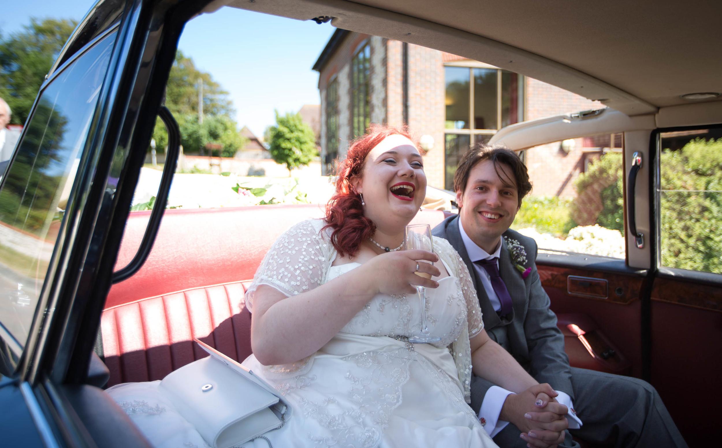 Eastbourne-wedding-car-bride-arrives-1