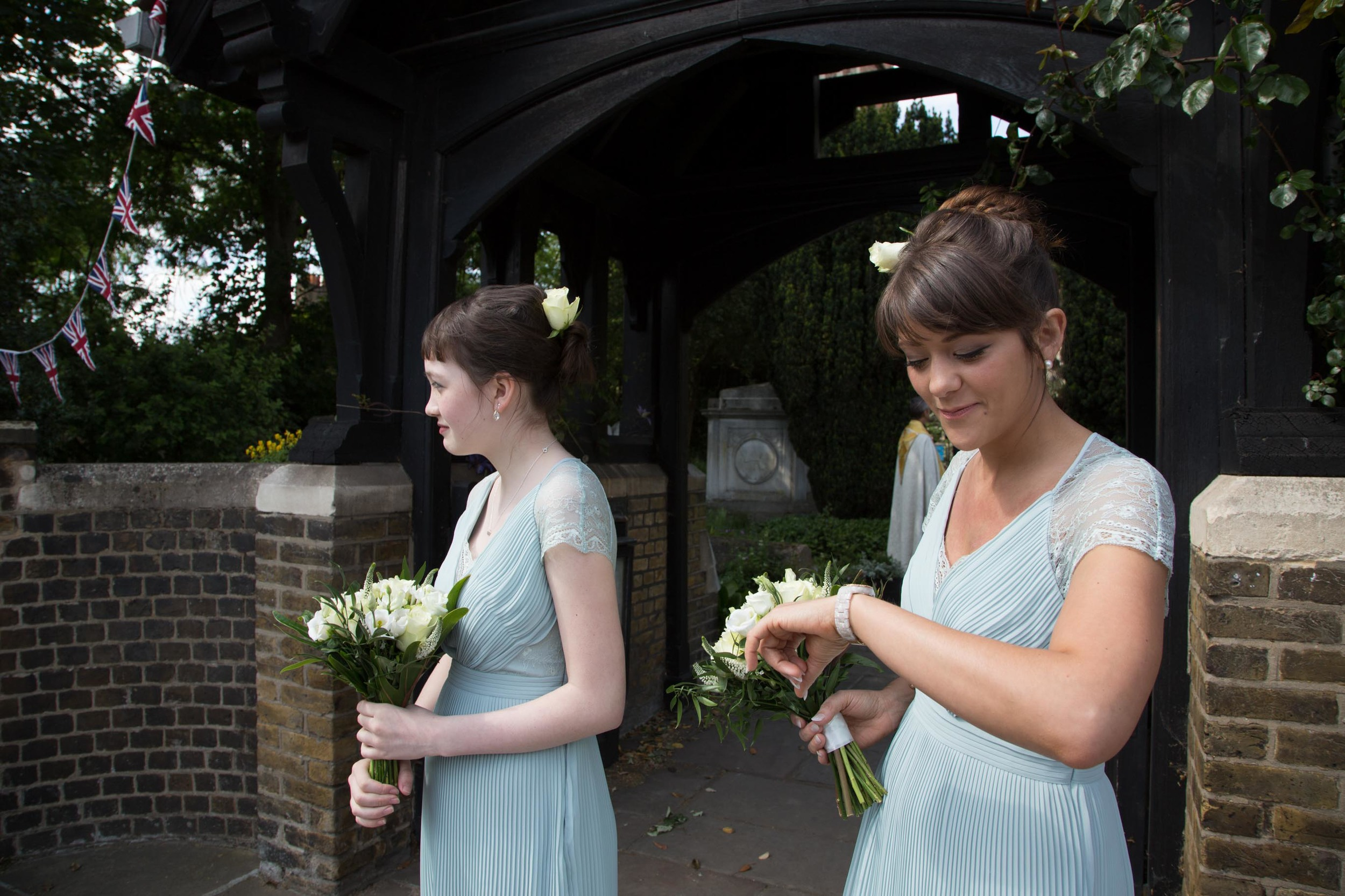 barnes-wedding-adam-rowley-photographer-bridesmaids-late