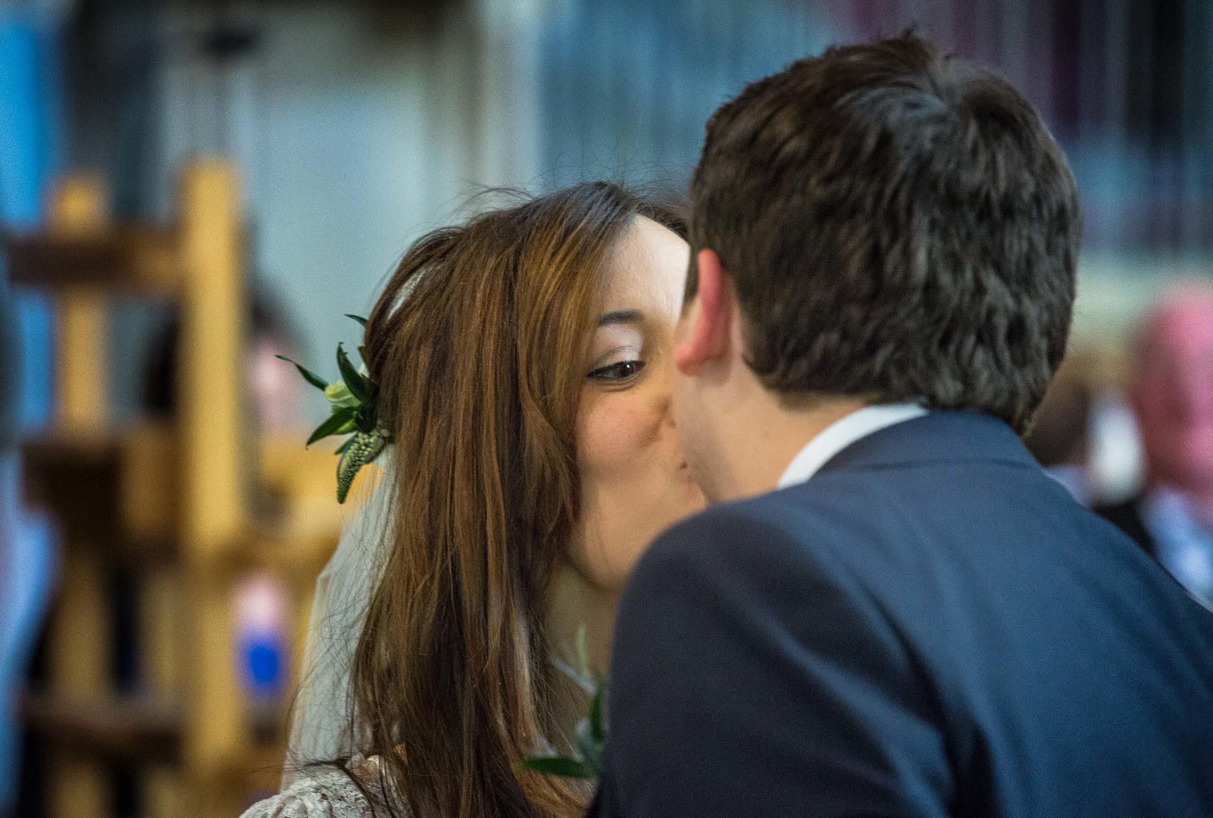 barnes-wedding-adam-rowley-photographer-kiss-at-the-altar