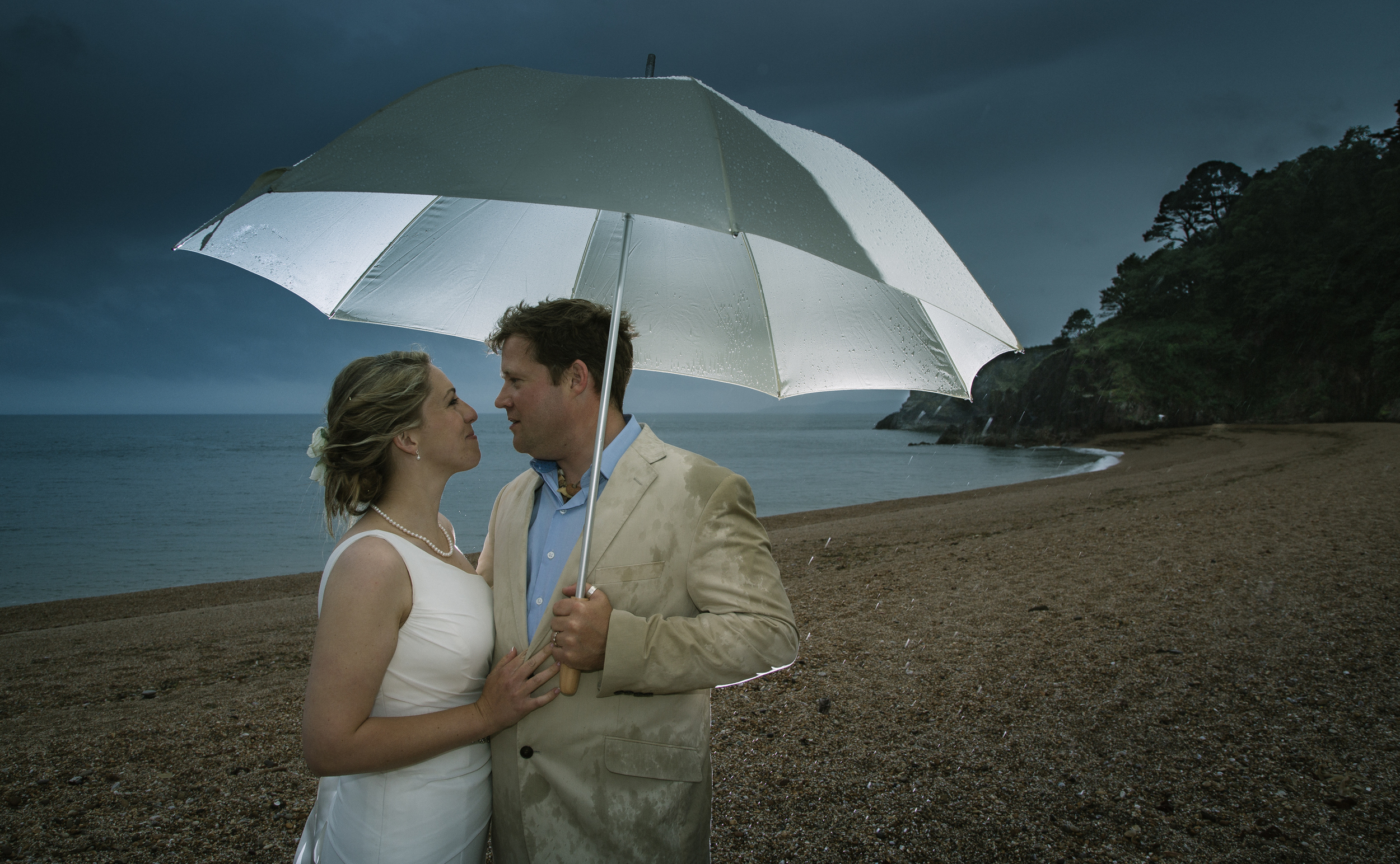 dartmouth wedding in the rain 1