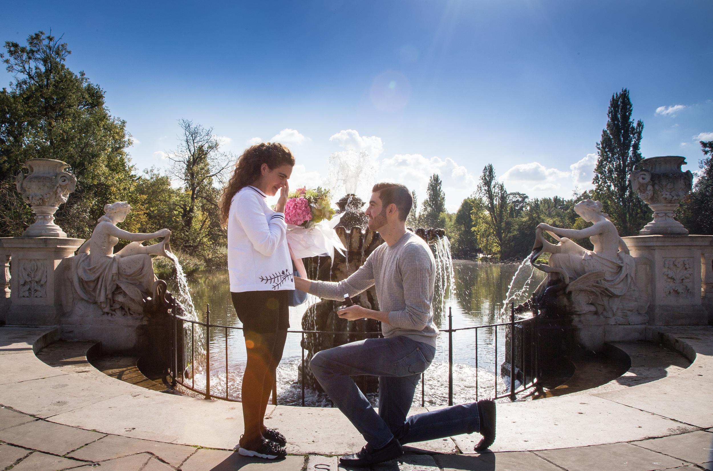 hyde park proposal engagement photography london 15
