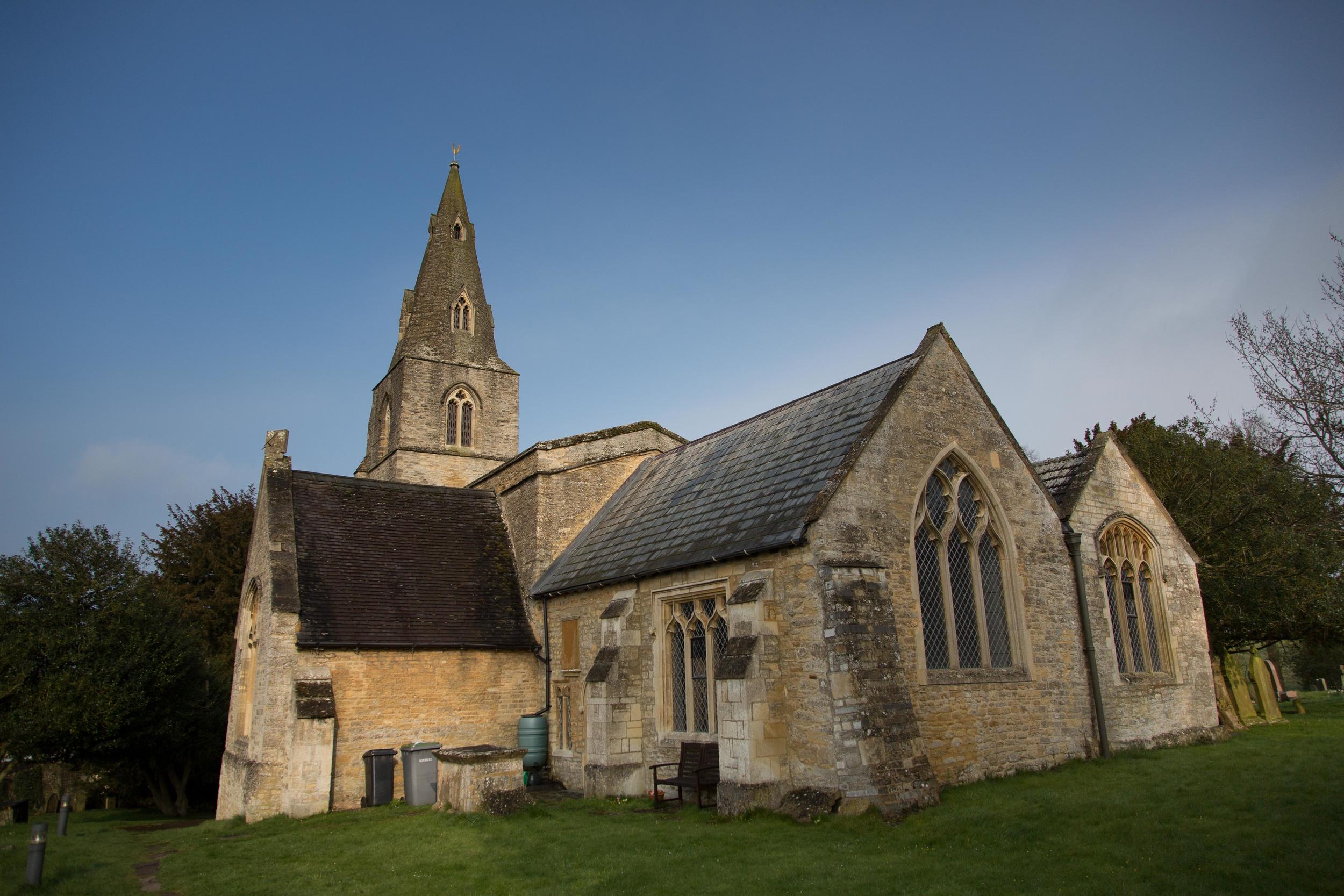 Pavenham-Bedfordshire-Engagement-Wedding-Photography-4