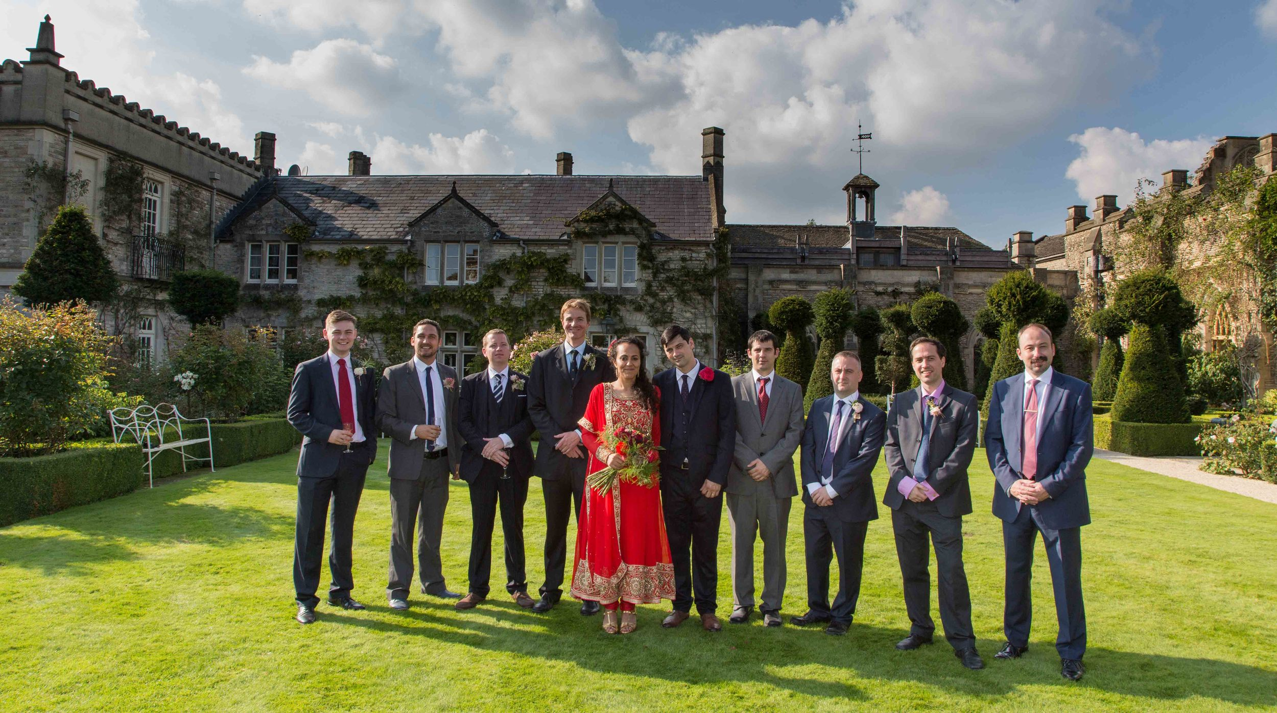 wedding-group-formal-shot-wiltshire