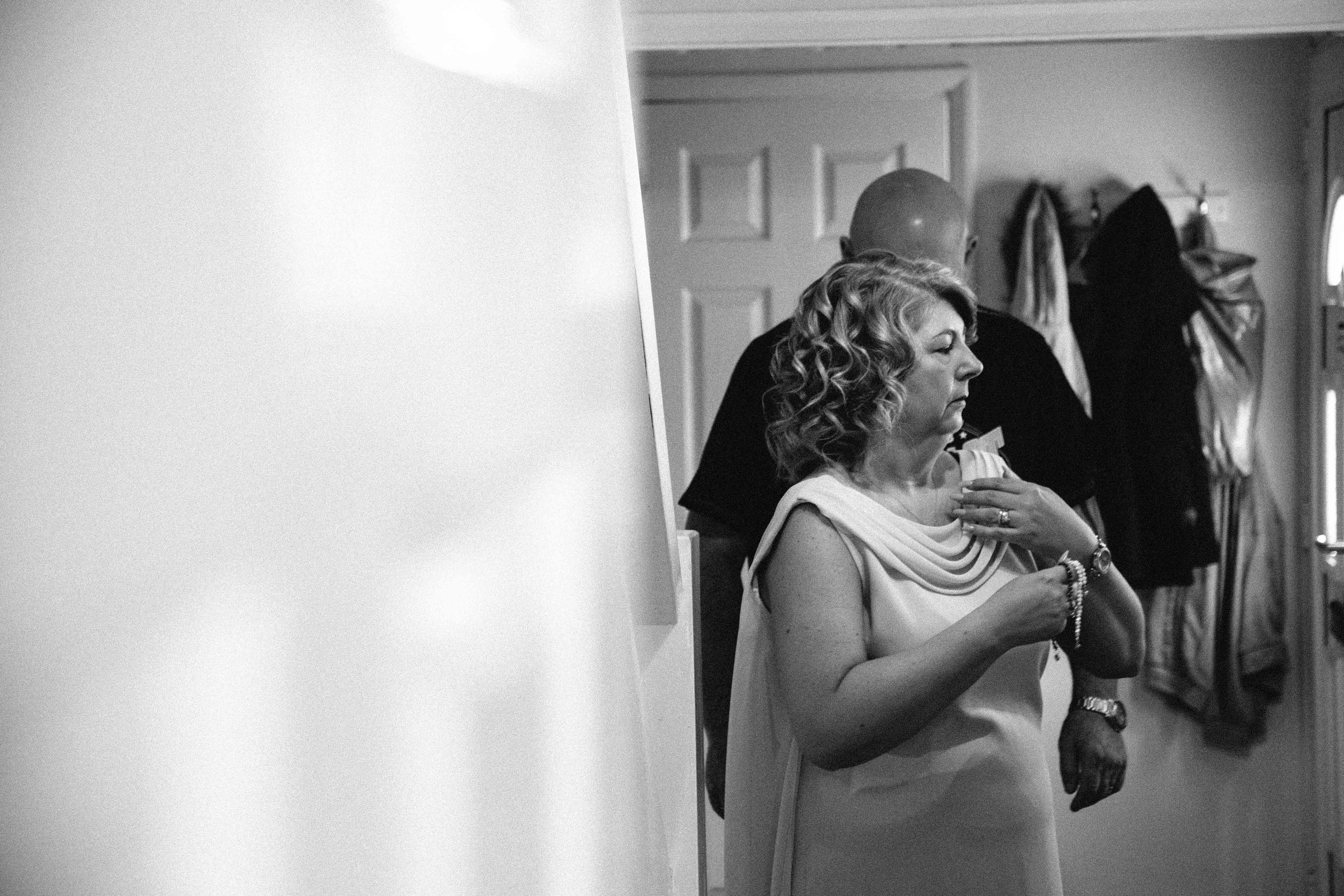 Essex-countryside-wedding-summer-mother-of-the-bride
