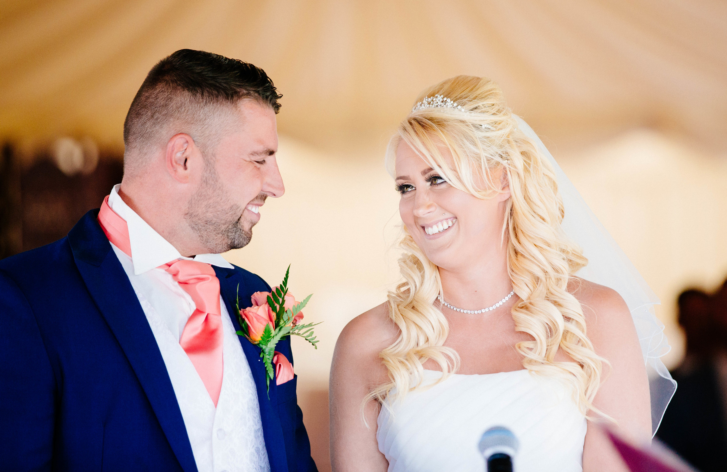 Essex-countryside-wedding-summer-14