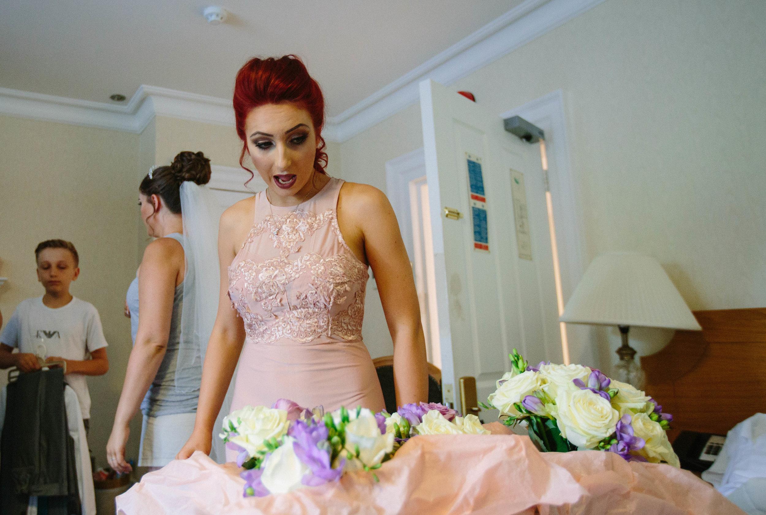 HamptonCourt-Wedding-Weybridge-Surrey-London-OatlandsParkHotel-06