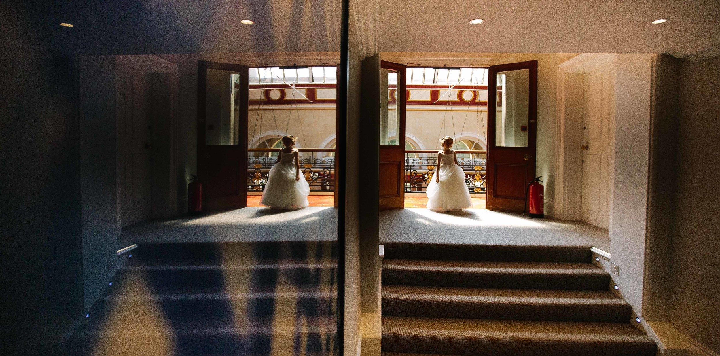 HamptonCourt-Wedding-Weybridge-Surrey-London-OatlandsParkHotel-08
