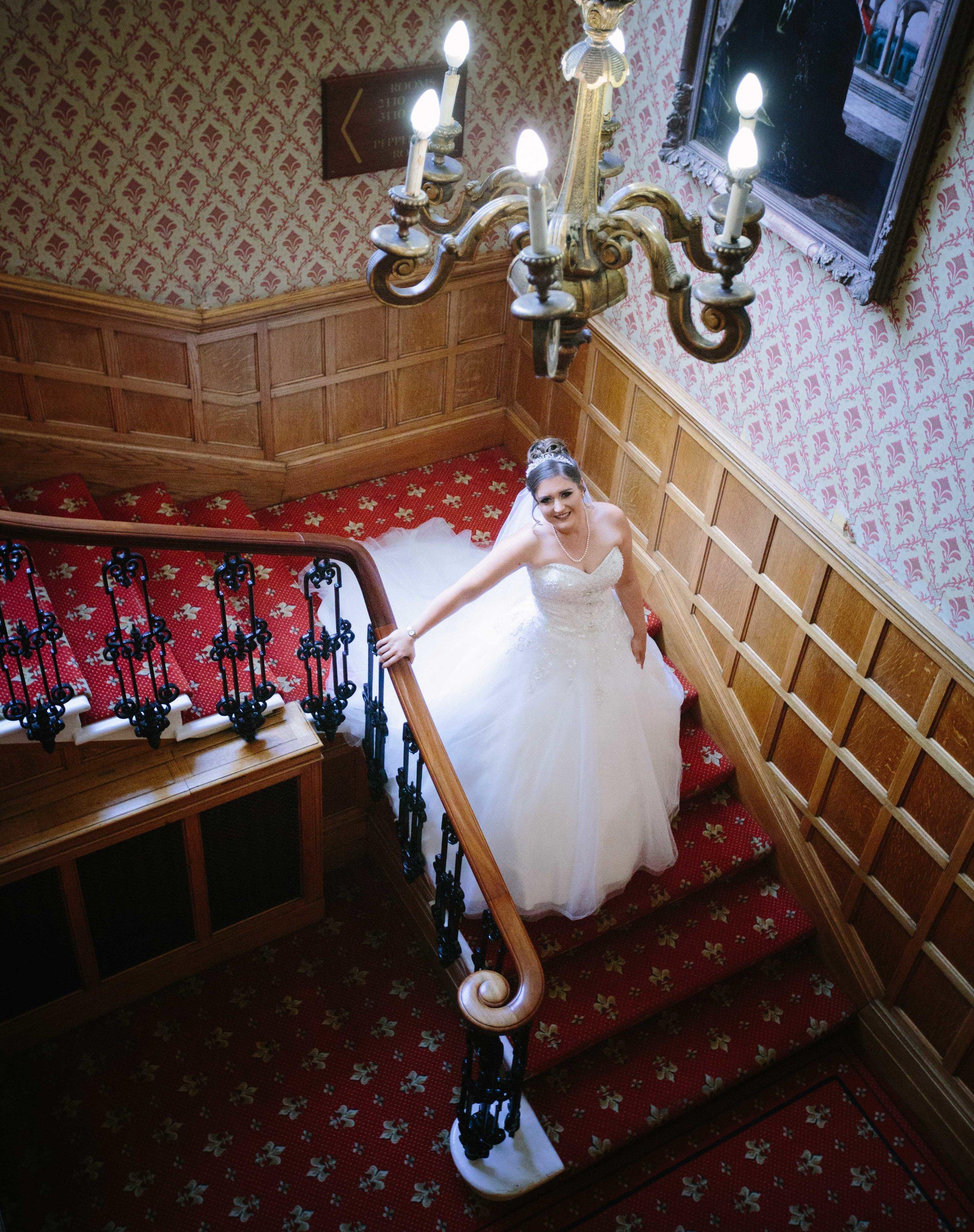 HamptonCourt-Wedding-Weybridge-Surrey-London-OatlandsParkHotel-18