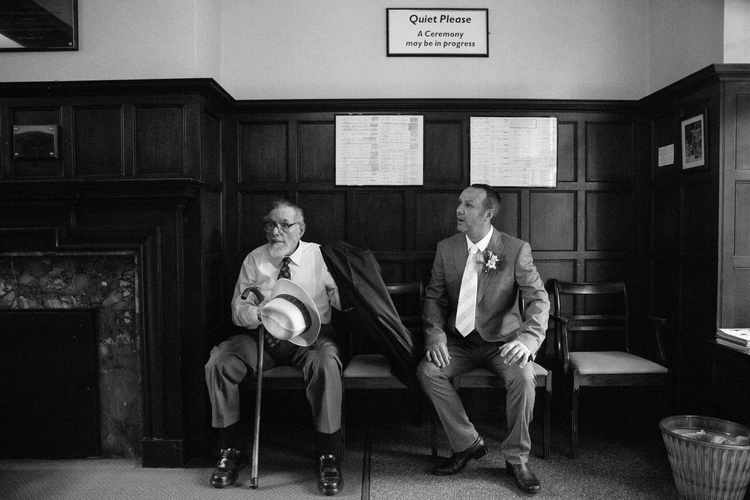 HamptonCourt-Wedding-Weybridge-Surrey-London-OatlandsParkHotel-22