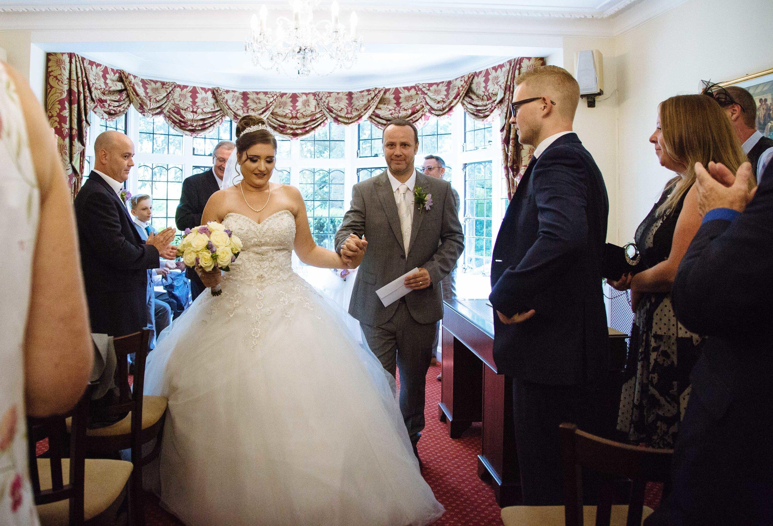 HamptonCourt-Wedding-Weybridge-Surrey-London-OatlandsParkHotel-32