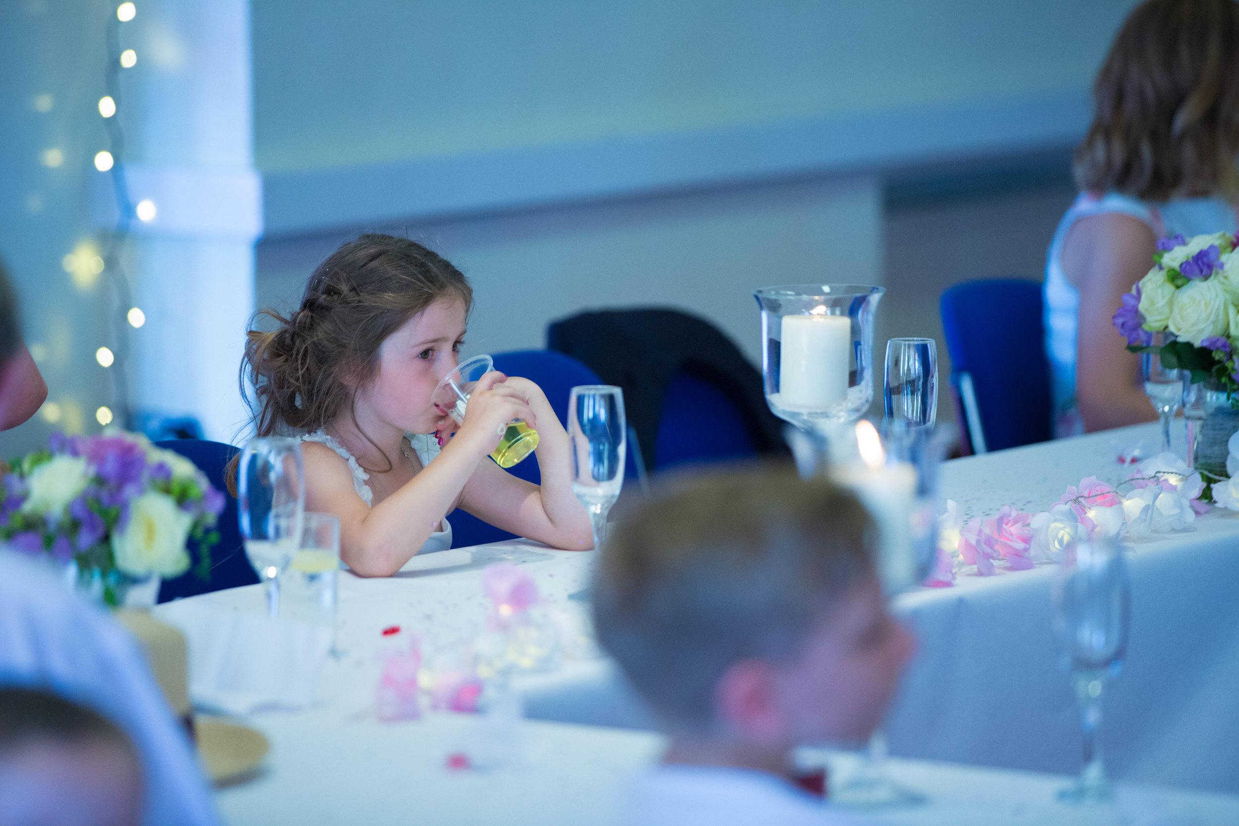 HamptonCourt-Wedding-Weybridge-Surrey-London-OatlandsParkHotel-40