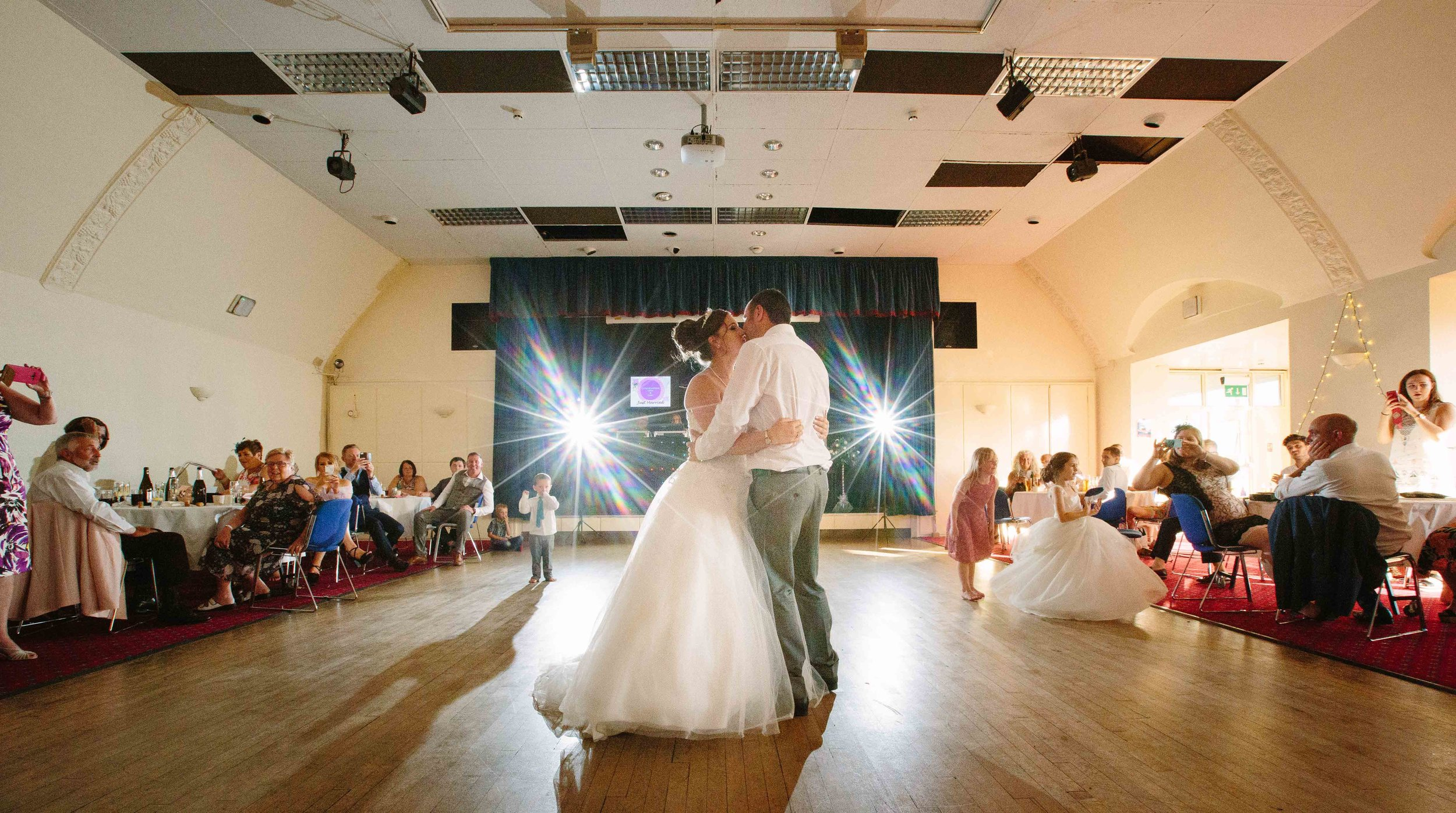 HamptonCourt-Wedding-Weybridge-Surrey-London-OatlandsParkHotel-43