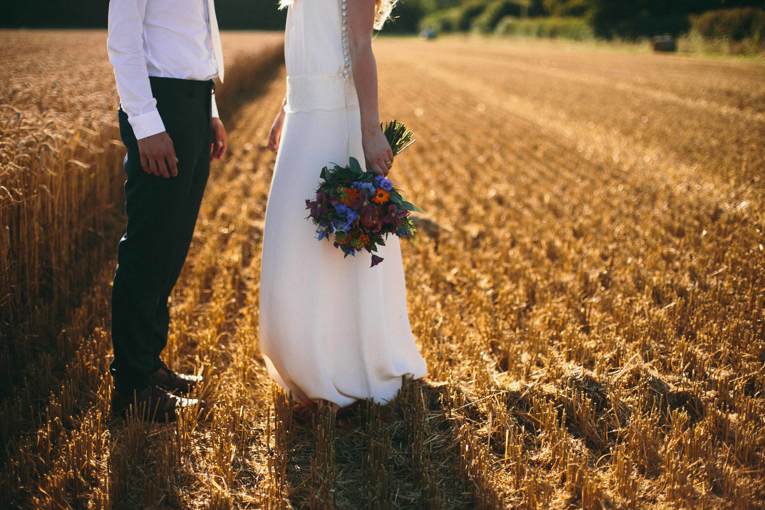 bedfordshire-tipi-rustic-summer-wedding-delirious-62