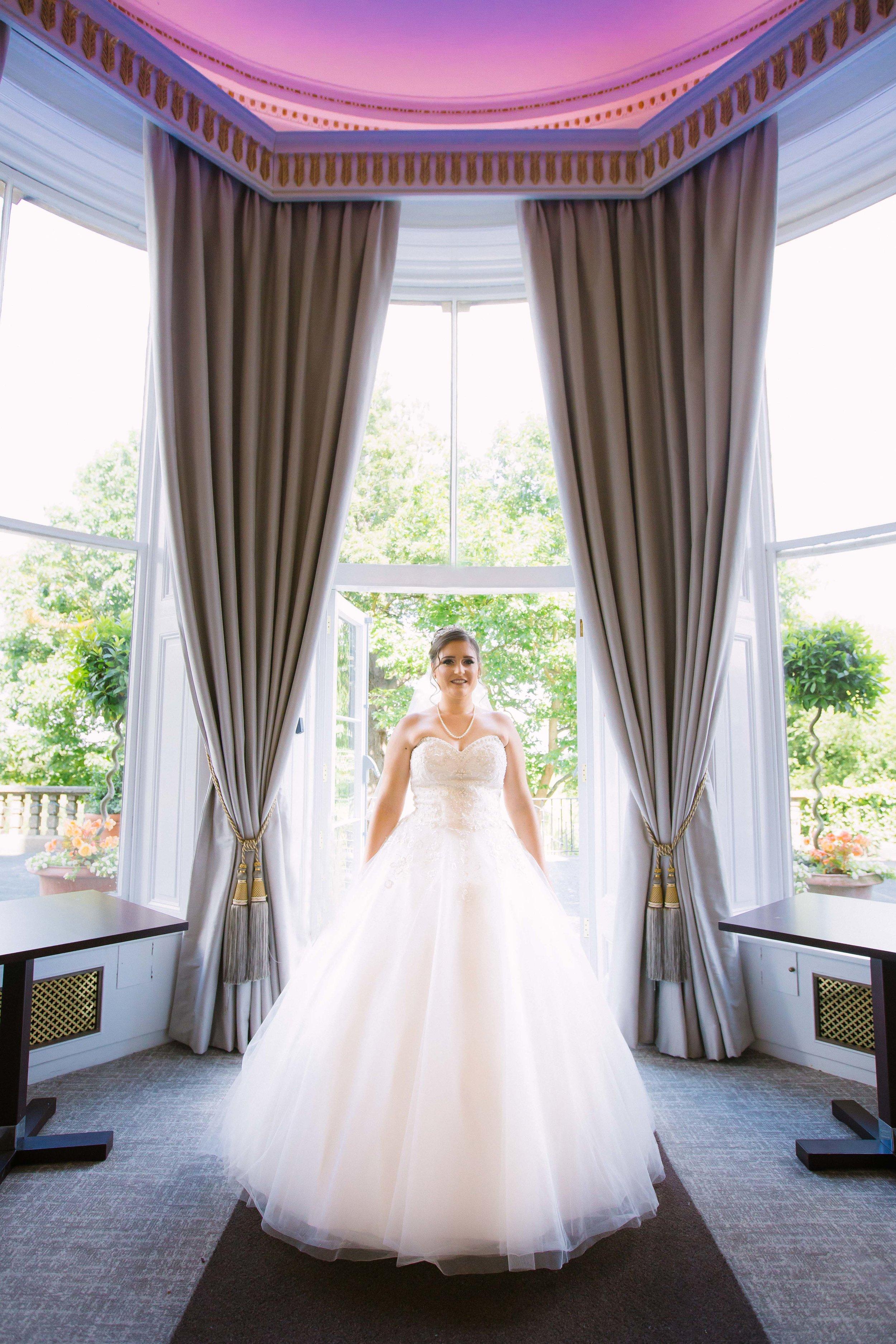 HamptonCourt-Wedding-Weybridge-Surrey-London-OatlandsParkHotel-14
