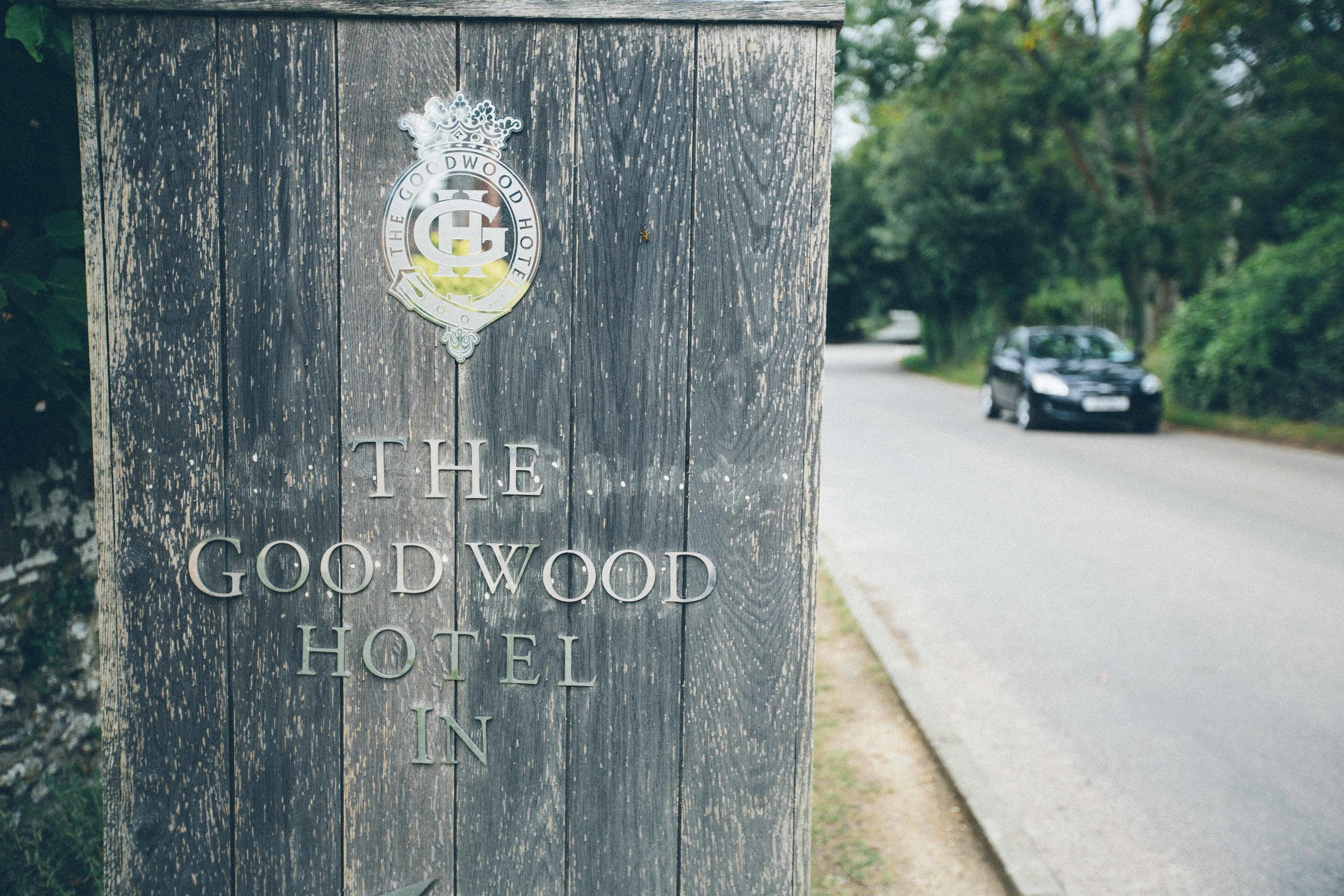 Goodwood-estate-aerodrome-Chichester-Sussex-wedding-3