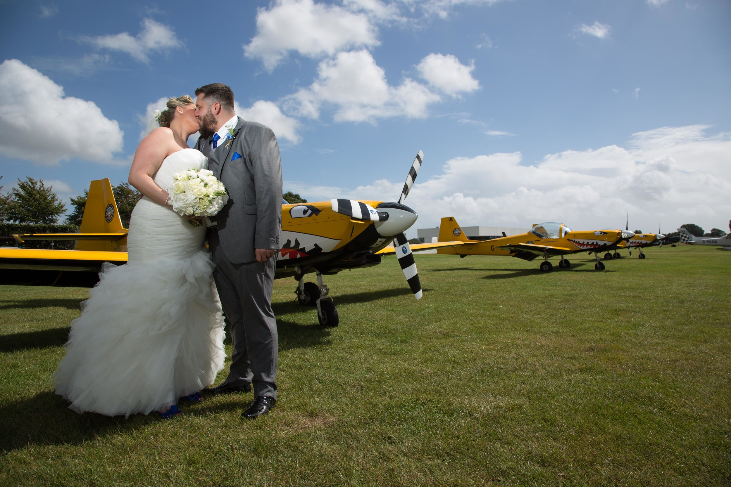 Goodwood-estate-aerodrome-Chichester-Sussex-wedding-40