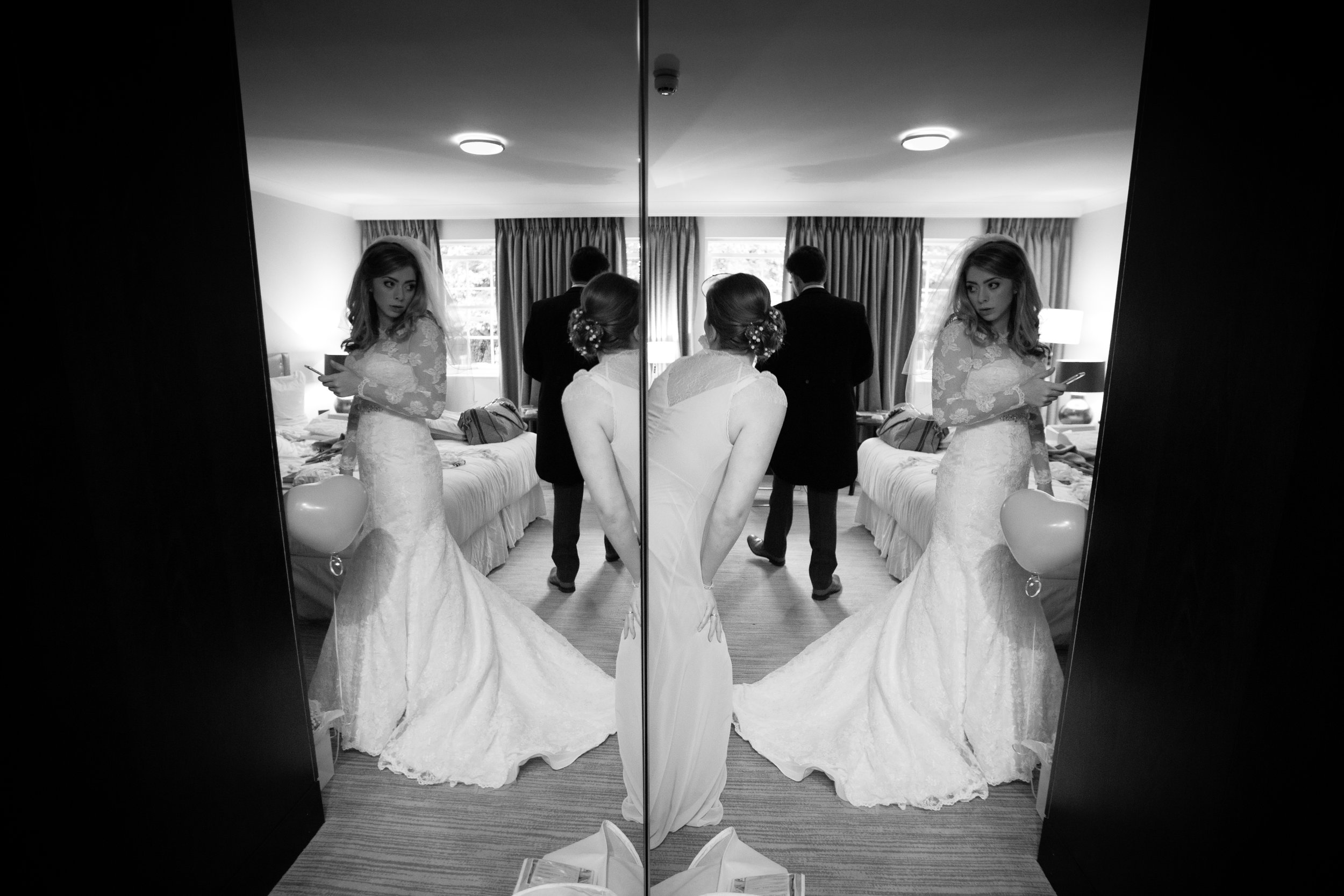 surrey-ascot-royal-berkshire-hotel-autumn-wedding-bride-reflection-11