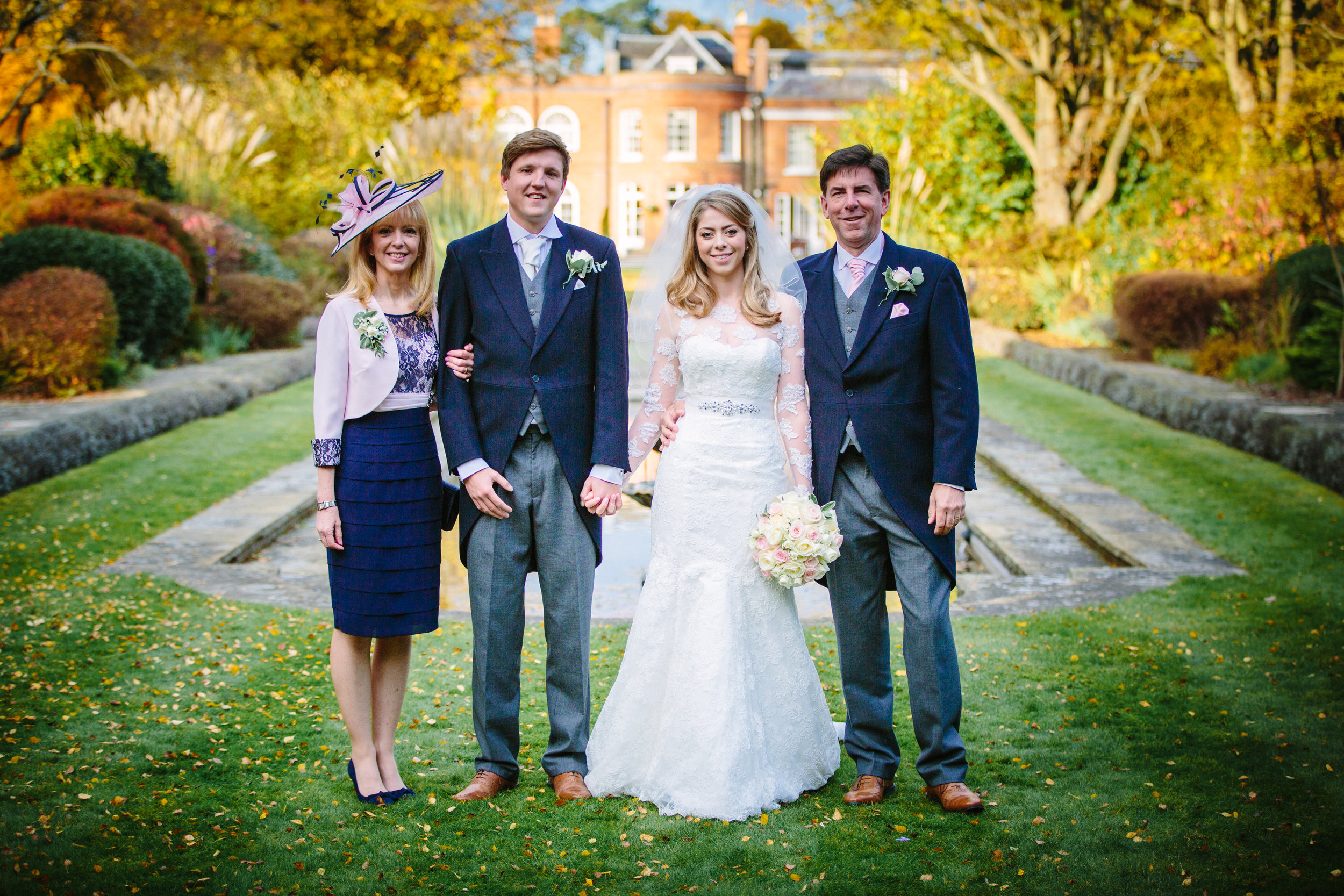 surrey-ascot-royal-berkshire-hotel-autumn-wedding-group-shot-3