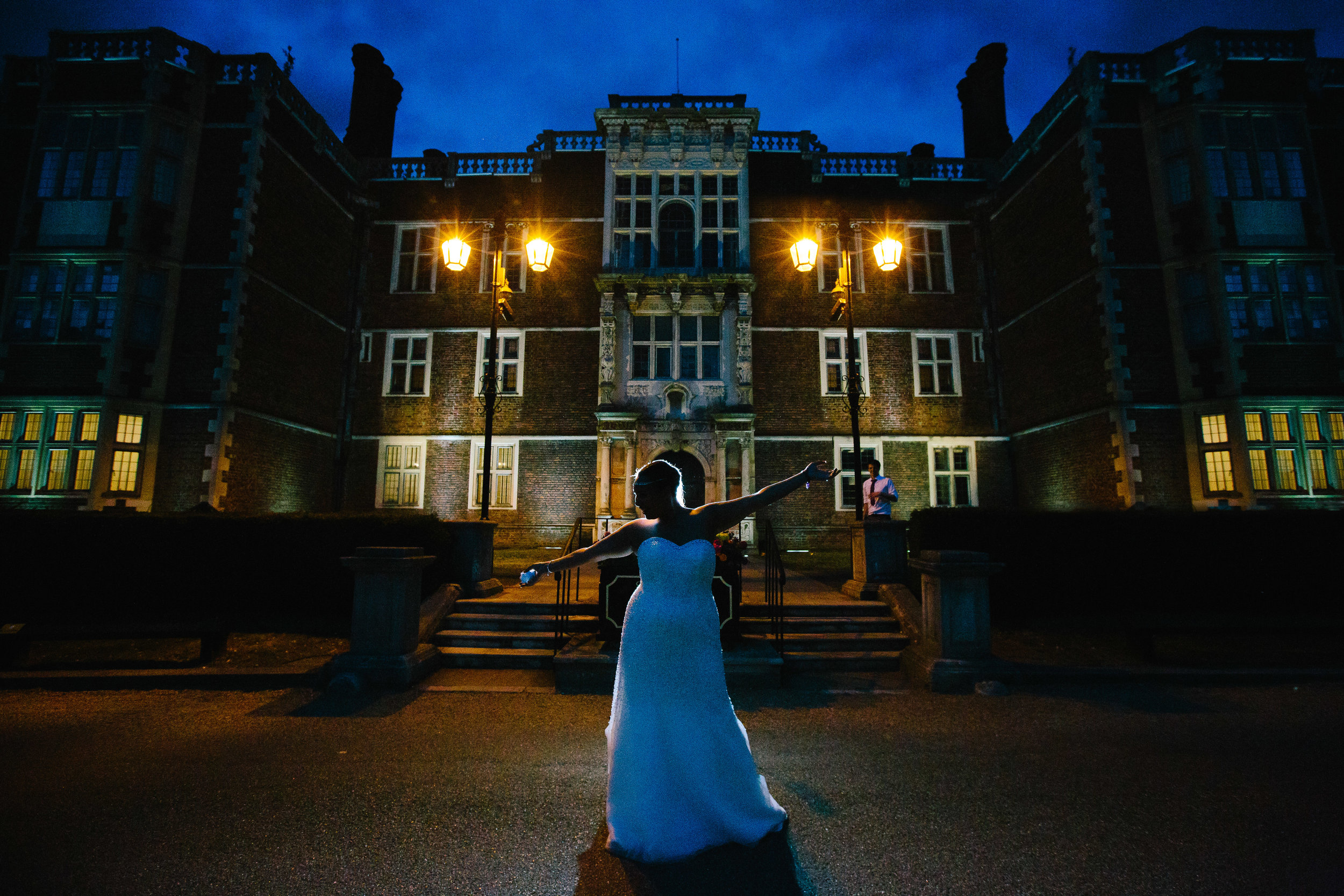 greenwich-charlton-london-wedding-karaoke-diva-bride-1
