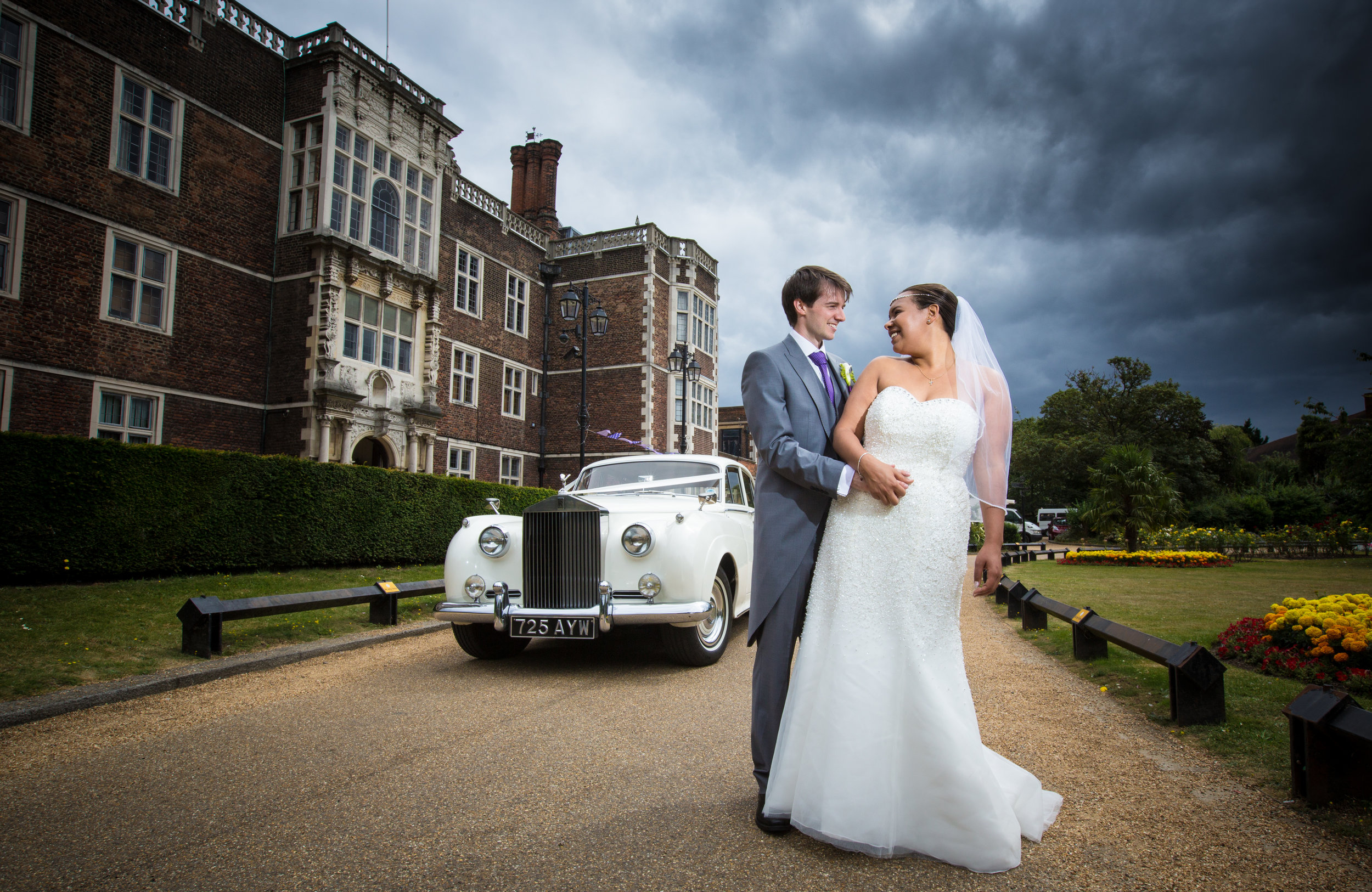 Saint-Alfege-Church-greenwich-wedding-charlton-house-london-rolls-royce-190