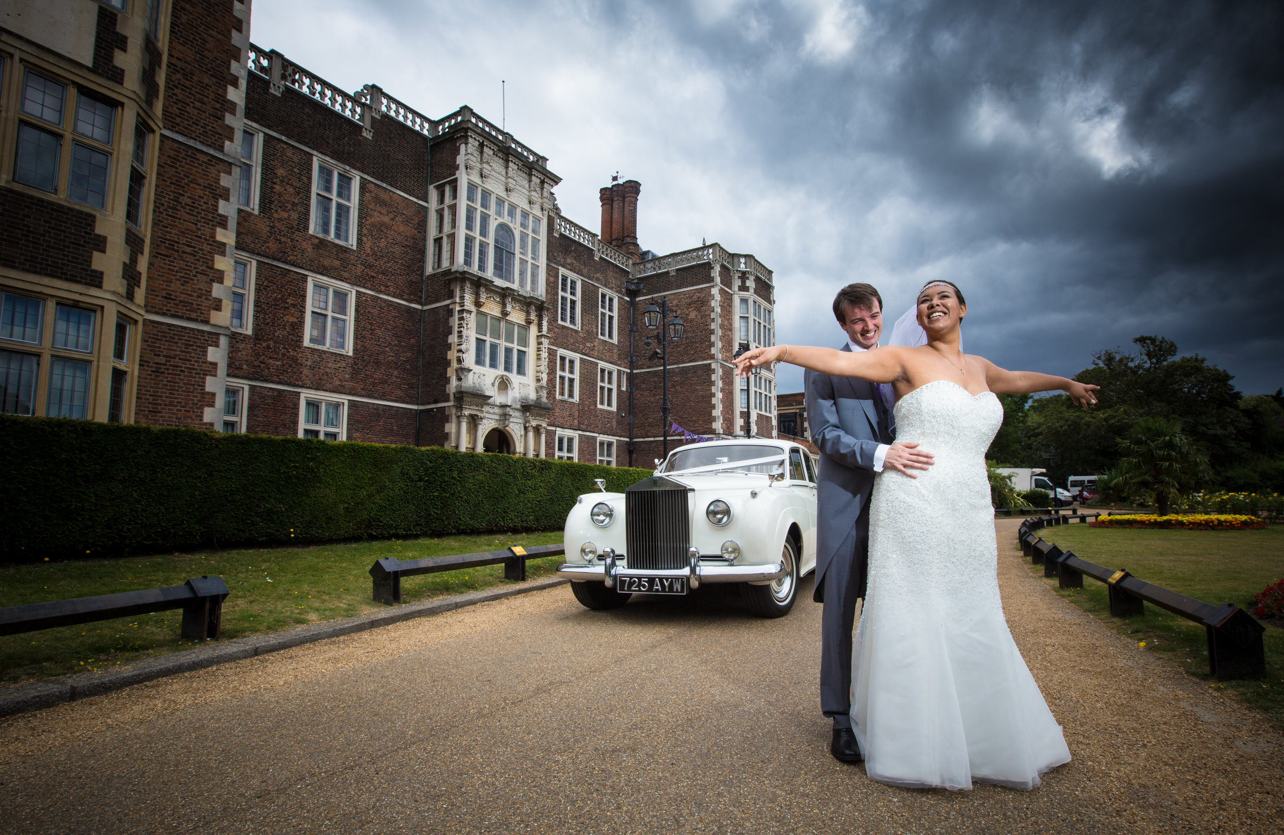 Saint-Alfege-Church-greenwich-wedding-charlton-house-london-rolls-royce-195