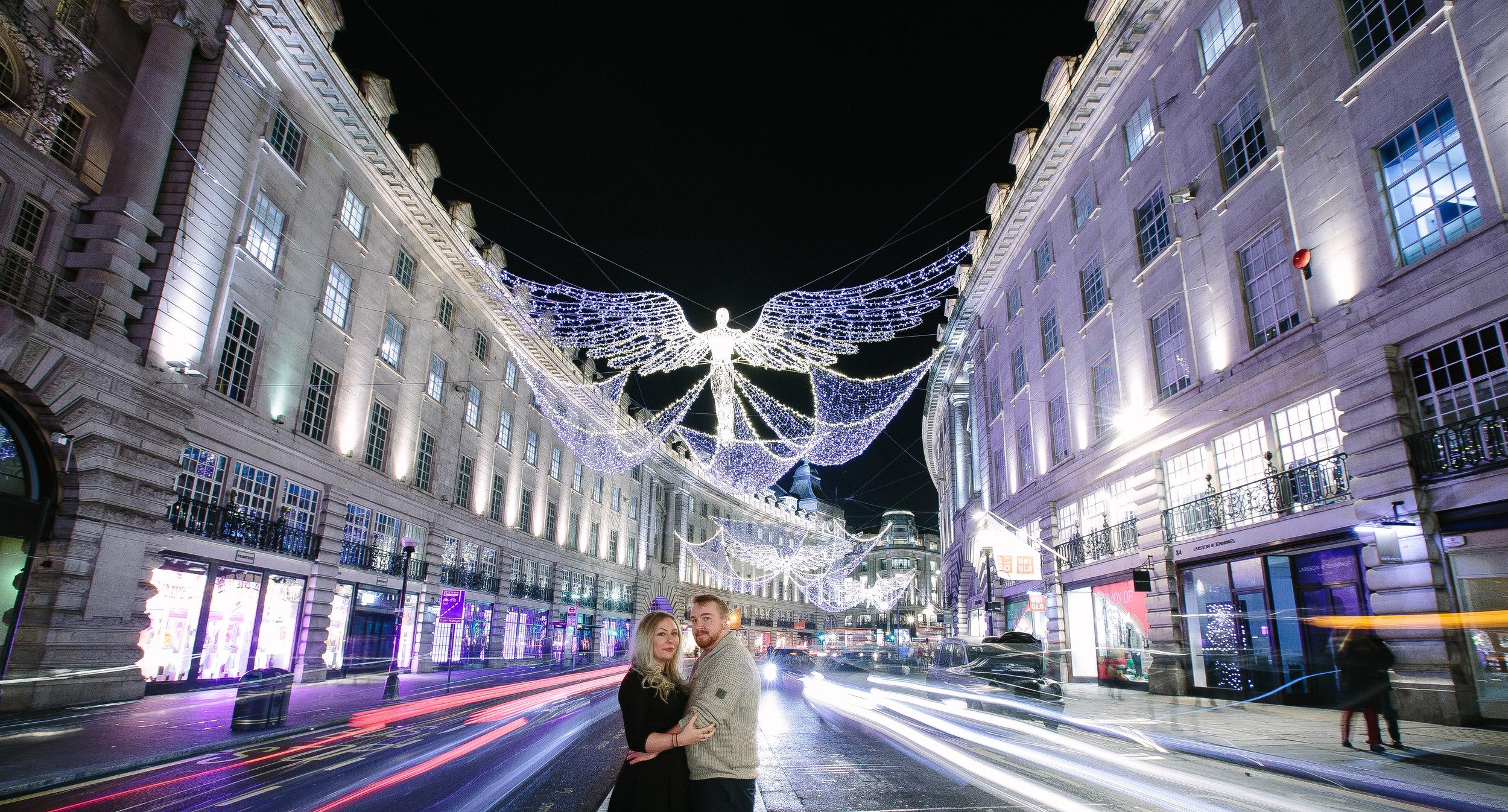 london-oxford-street-christmas-lights-engagement-wedding-photography-01