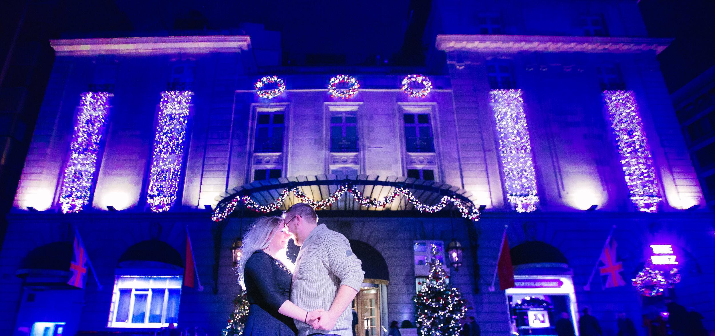 london-oxford-street-christmas-lights-engagement-wedding-photography-04