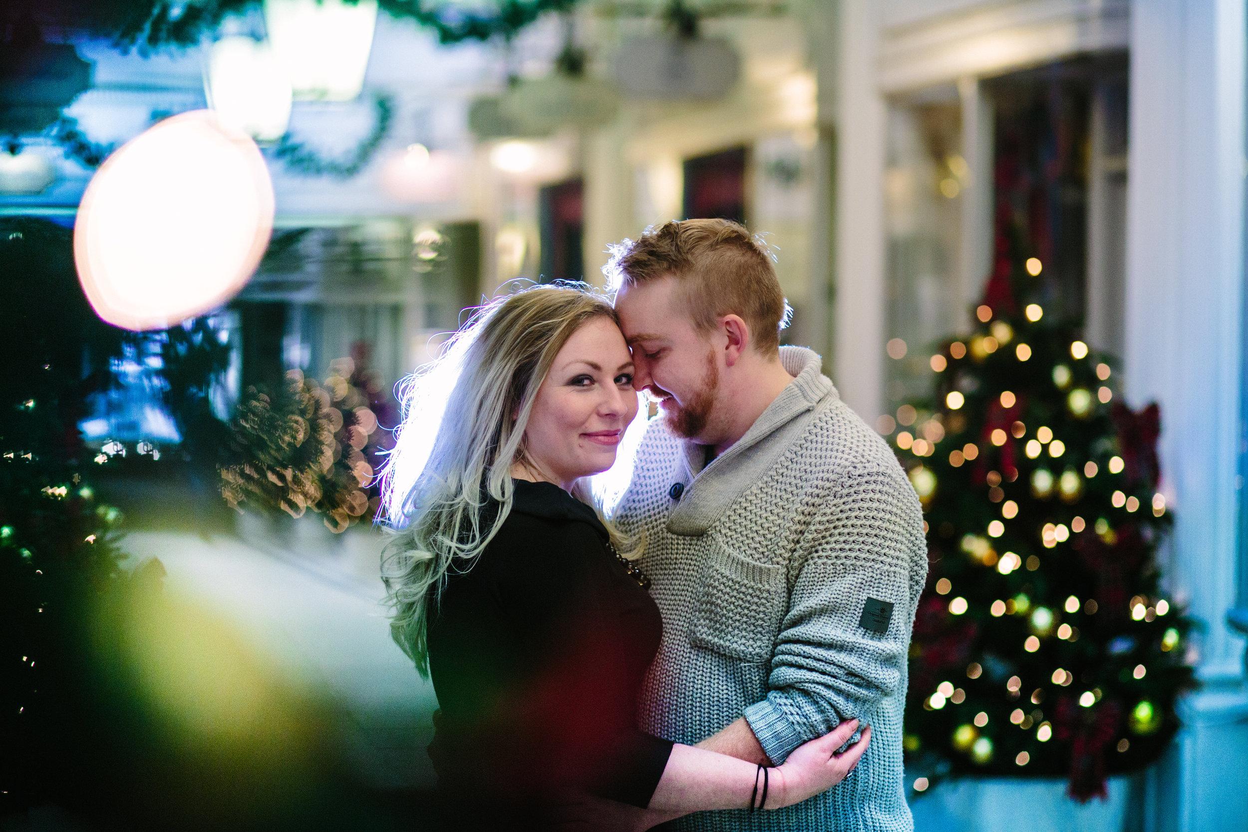 london-oxford-street-christmas-lights-engagement-wedding-photography-11