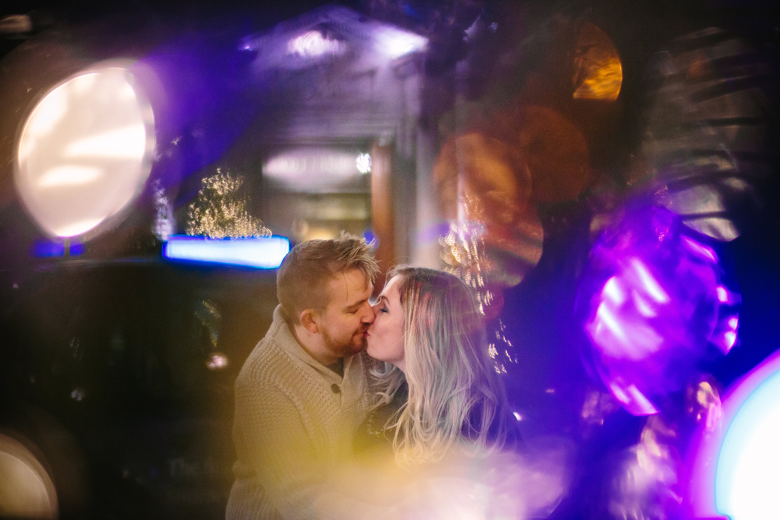 london-oxford-street-christmas-lights-engagement-wedding-photography-15