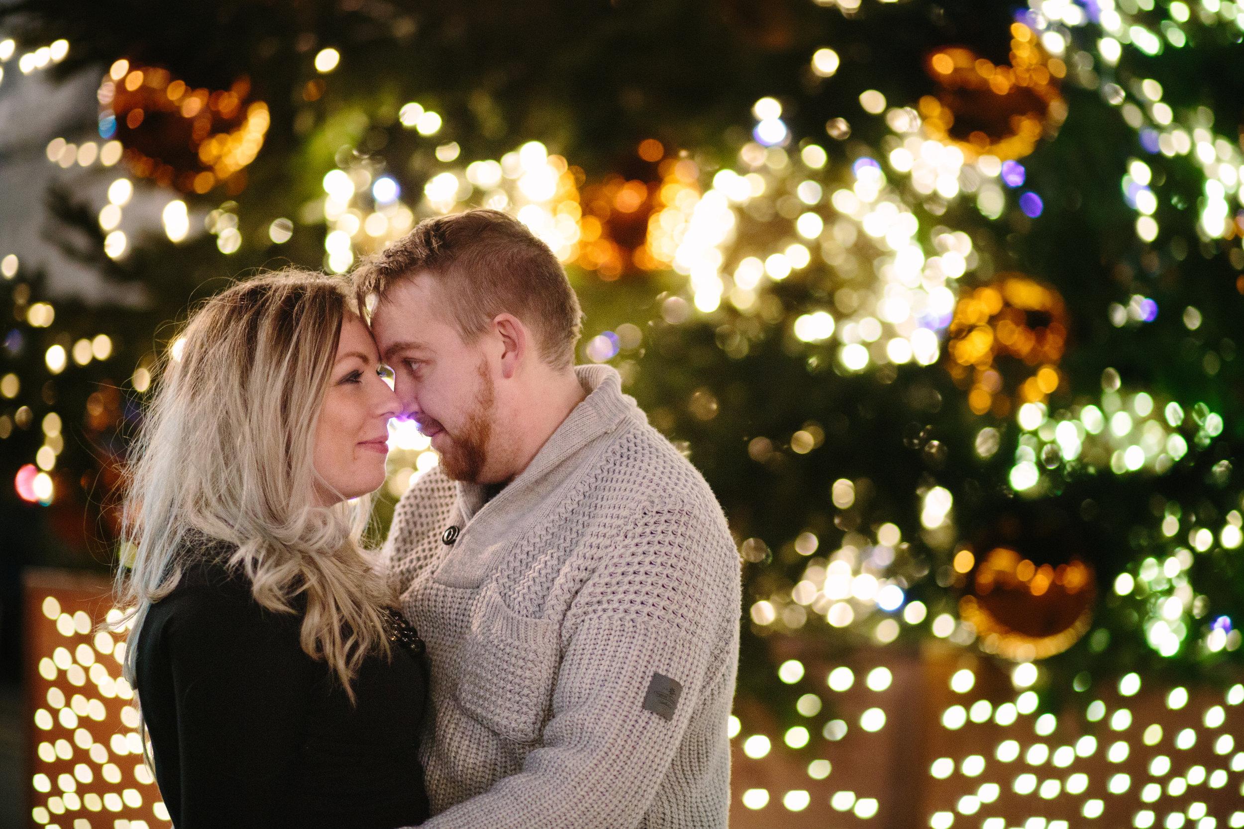 london-oxford-street-christmas-lights-engagement-wedding-photography-16