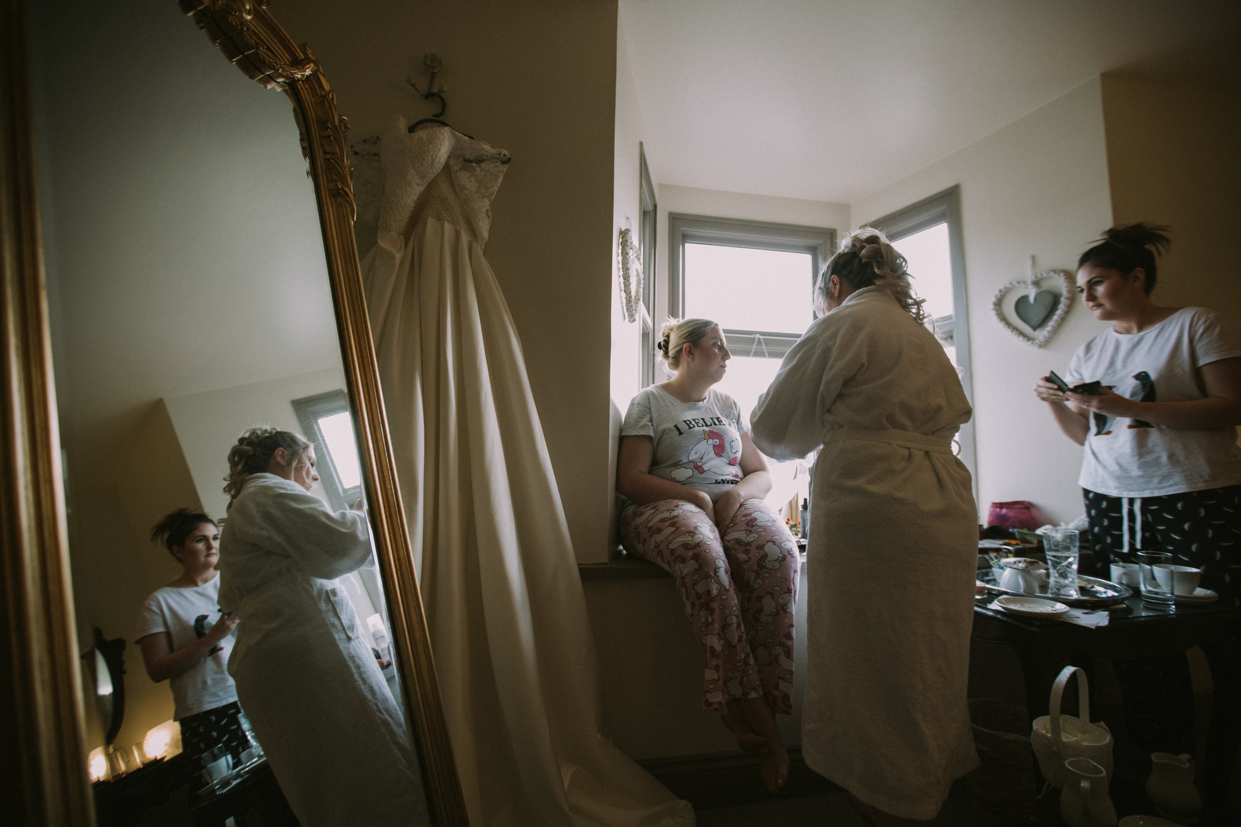 Sussex-winter-wedding-photography-southdowns-manor-bridal-prep-1