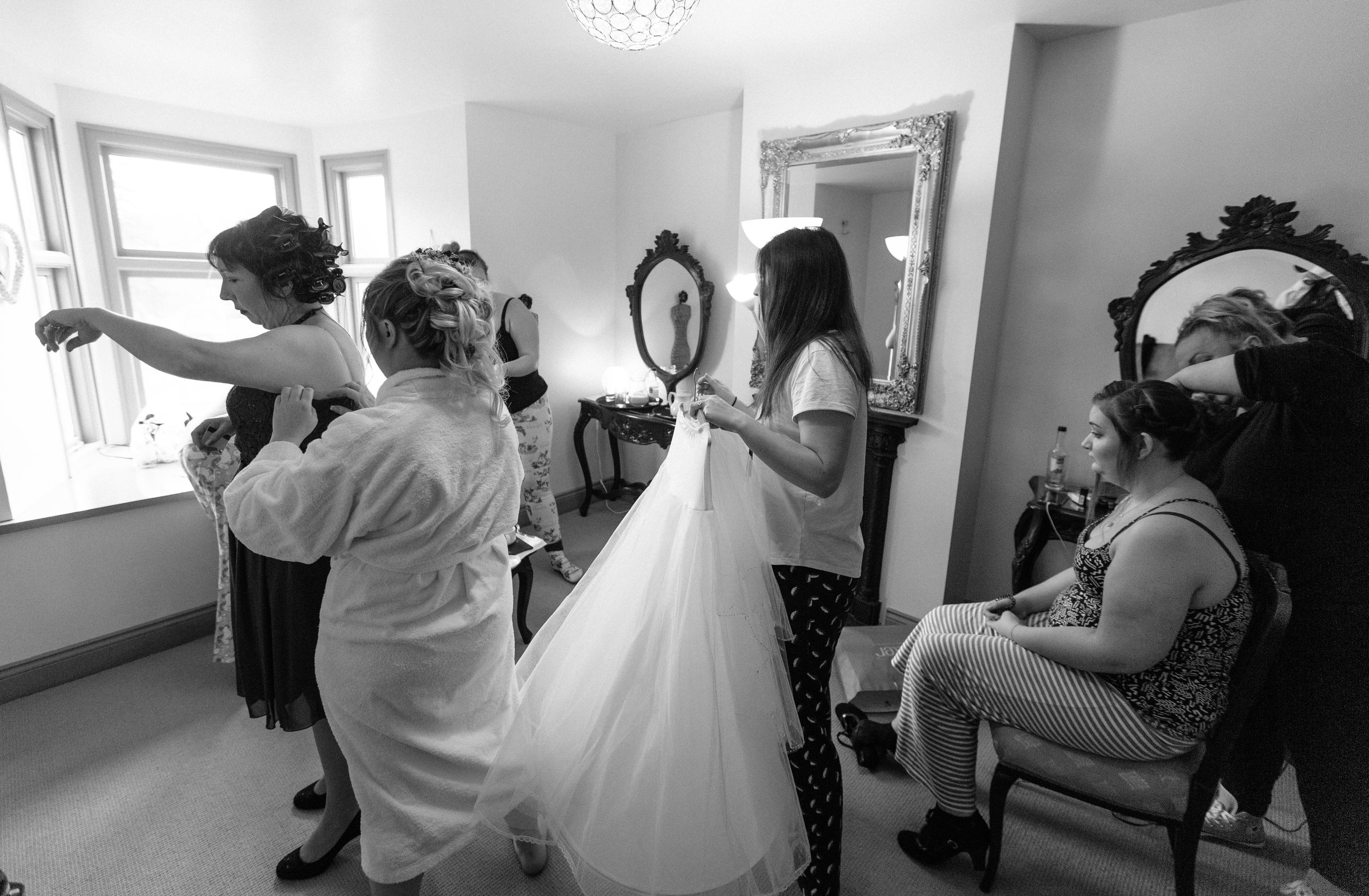 Sussex-winter-wedding-photography-southdowns-manor-bridal-prep-10