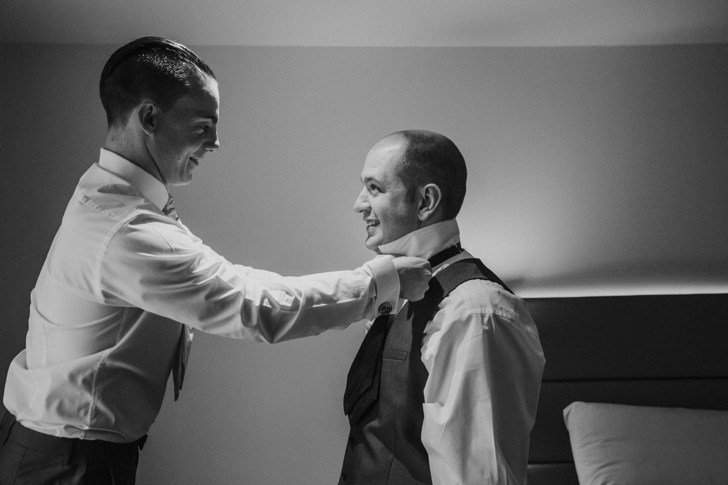 northbrook-park-hampshire-spring-winter-wedding-photography-groom-prep-9