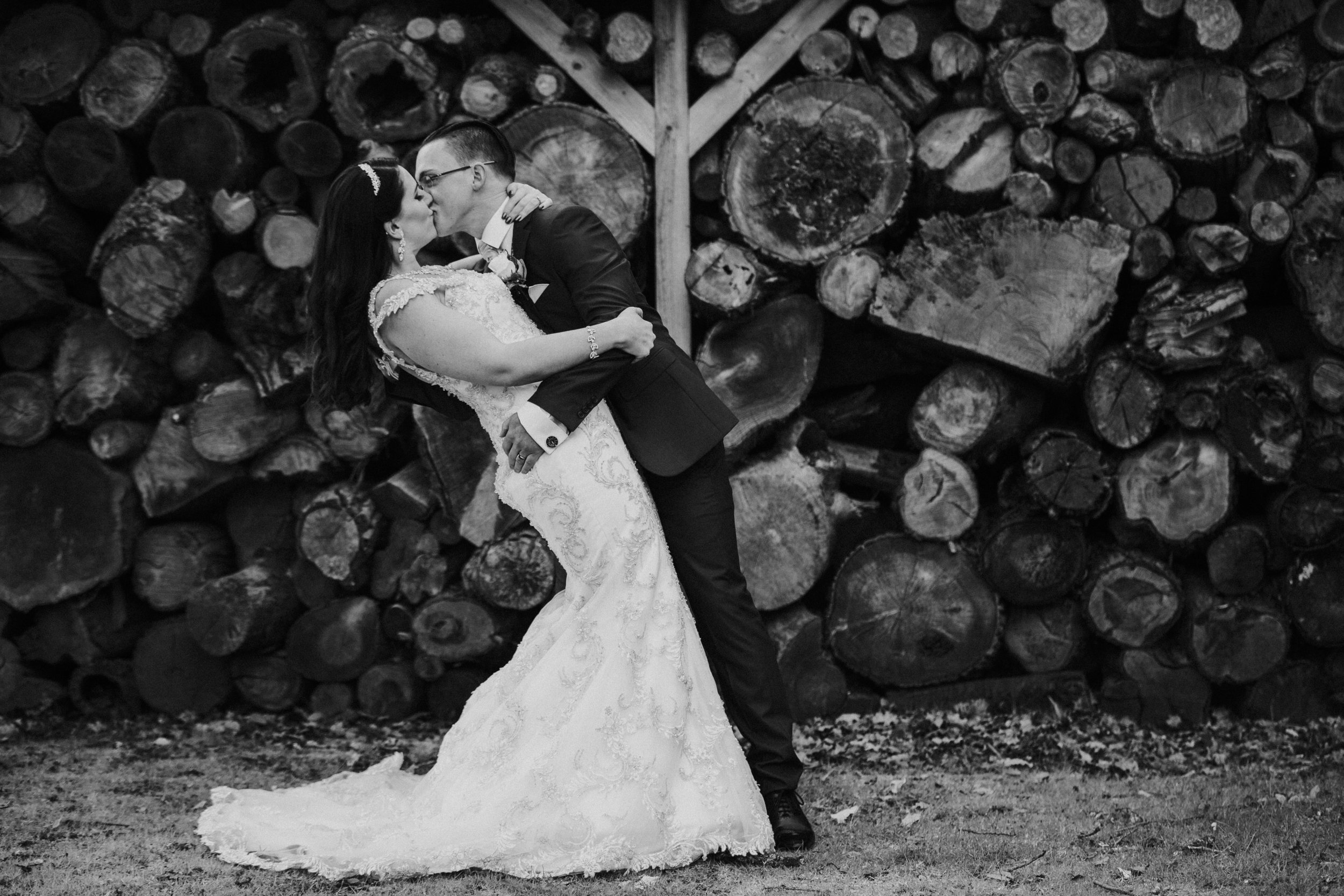 northbrook-park-farnham-hamnpshire-winter-spring-wedding-photography-couple-portrait-49