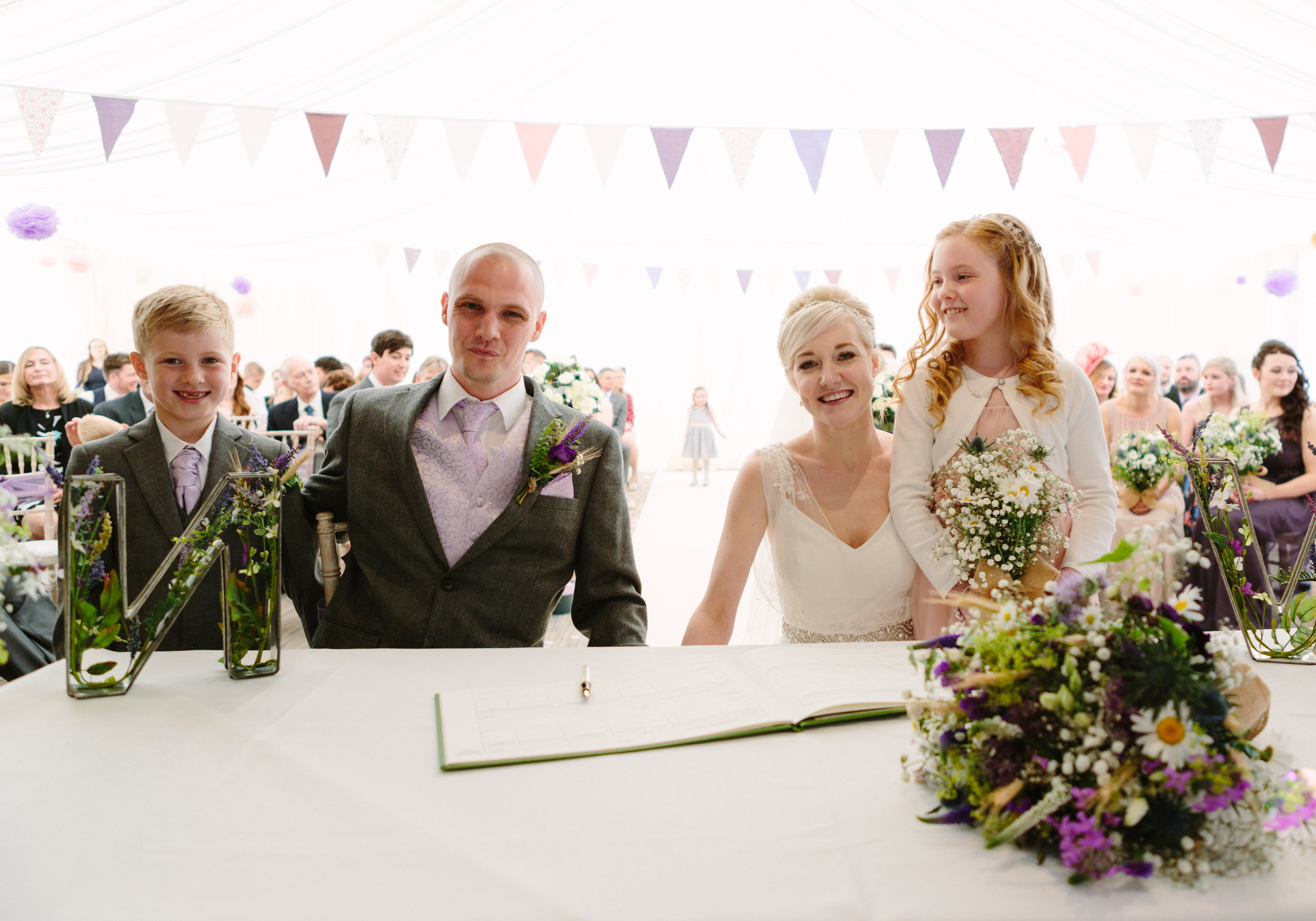 cotswalds-chipping-norton-oxfordshire-london-wedding-photography-sign-the-register-25