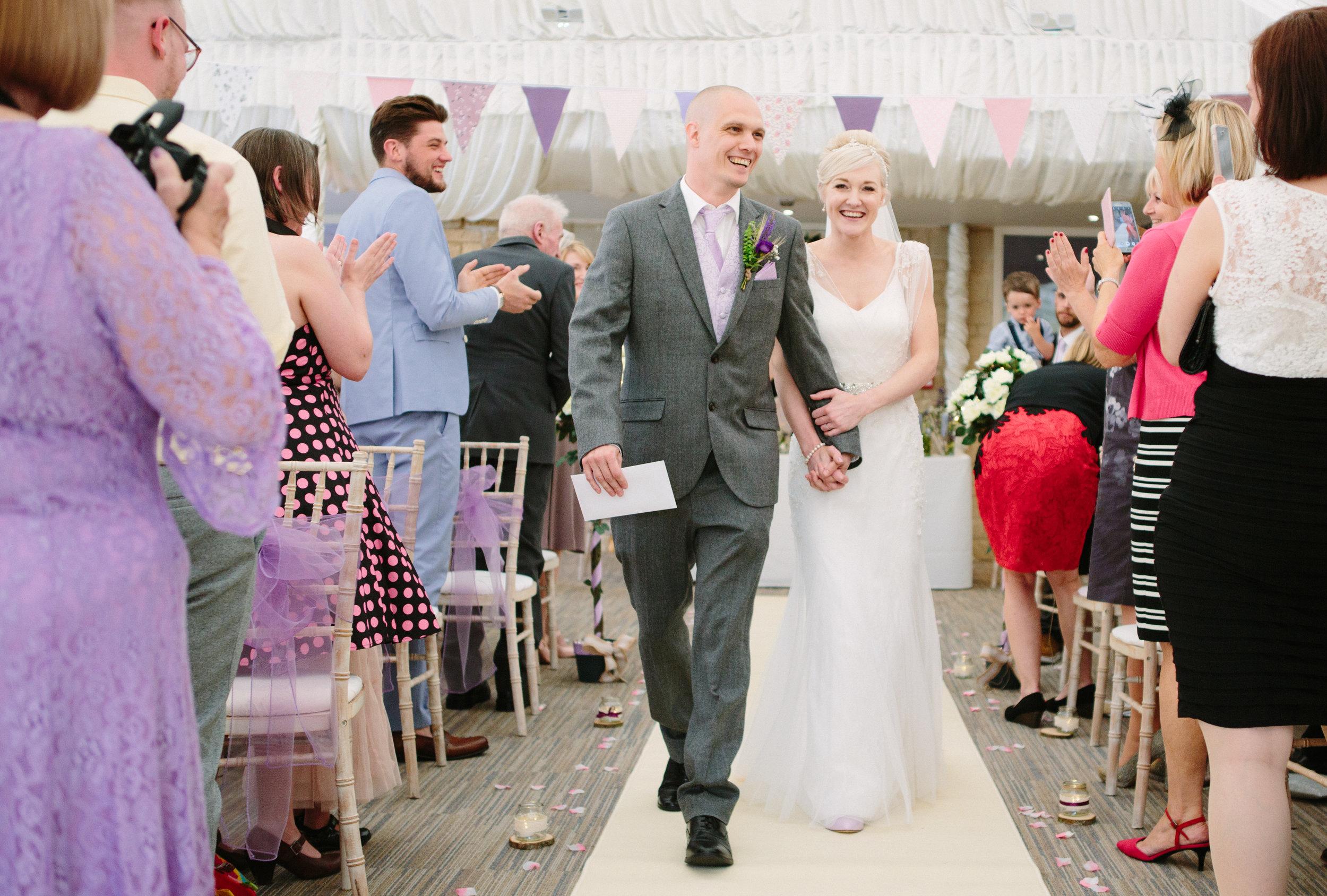 cotswalds-chipping-norton-oxfordshire-london-wedding-photography-aisle-26