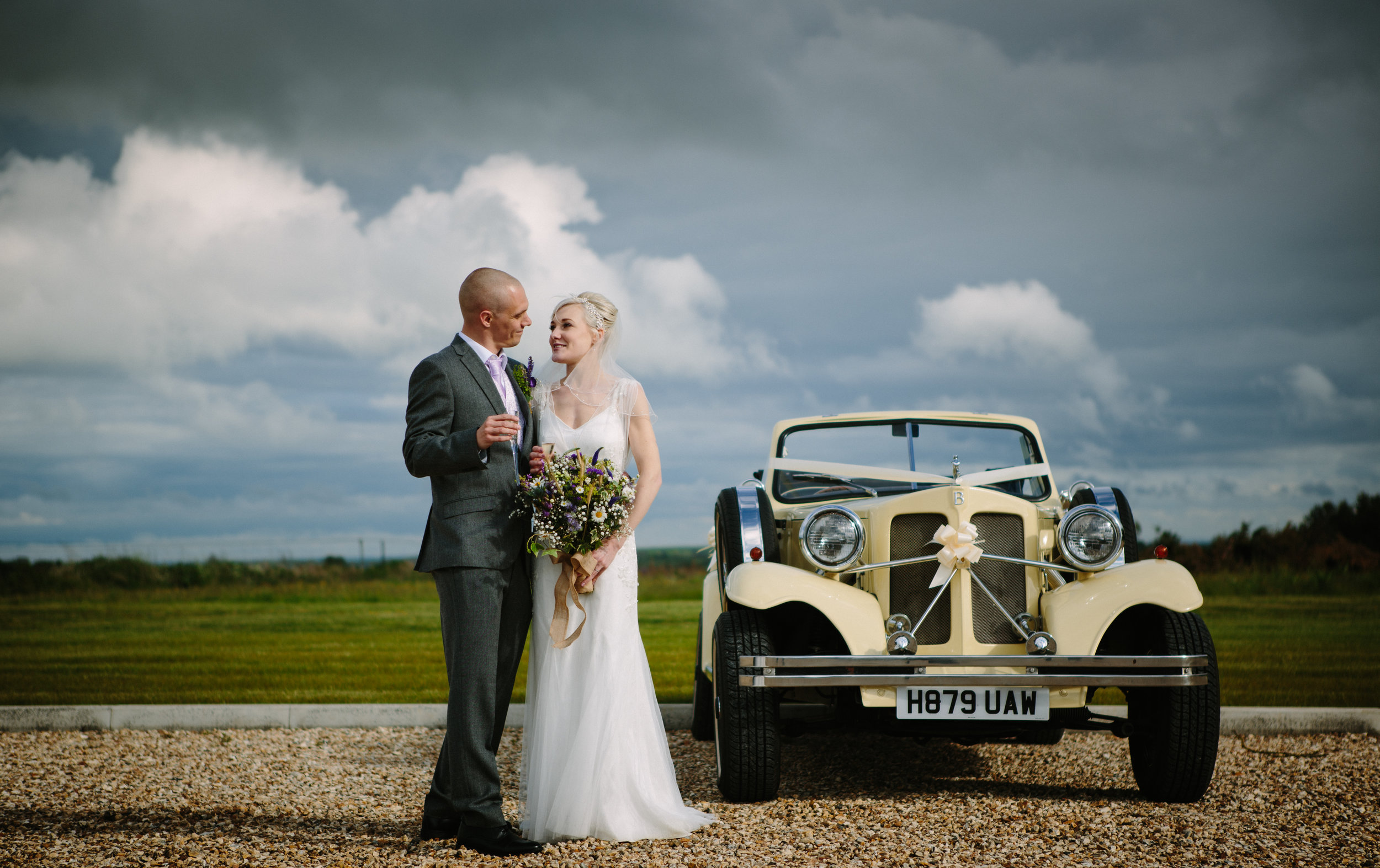 cotswalds-chipping-norton-oxfordshire-london-wedding-photography-portrait-classic-car-30