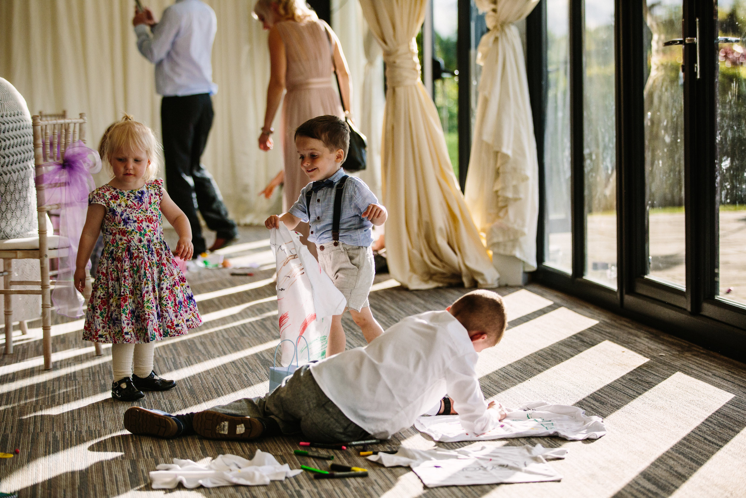 cotswalds-chipping-norton-oxfordshire-london-wedding-photography-reception-kids-37