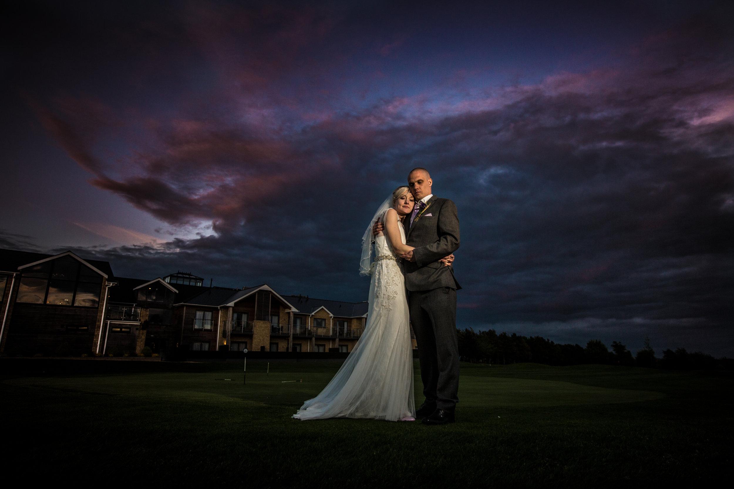 cotswalds-chipping-norton-oxfordshire-london-wedding-photography-bridal-portrait-sunset-45