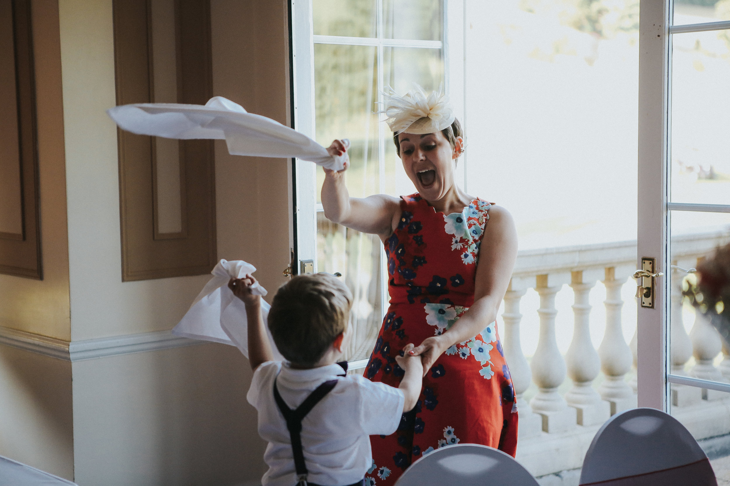 reigate-surrey-london-wedding-photography-group-formal-shot-reception-woldingham-golf-club-91