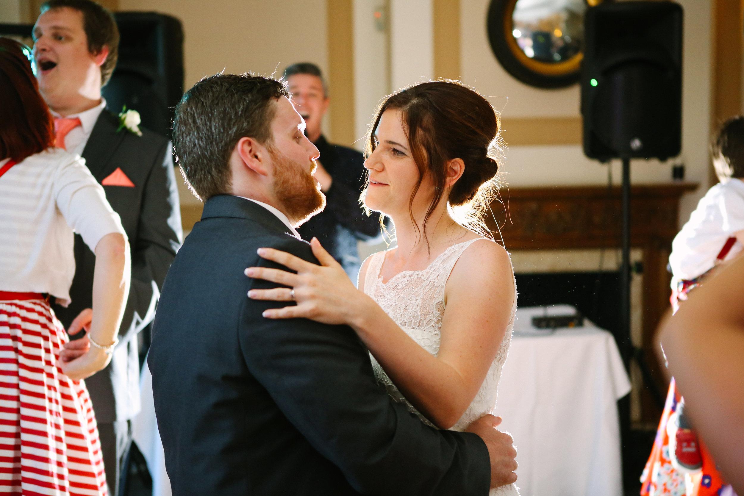 reigate-surrey-london-wedding-photography-group-formal-shot-reception-woldingham-golf-club-110