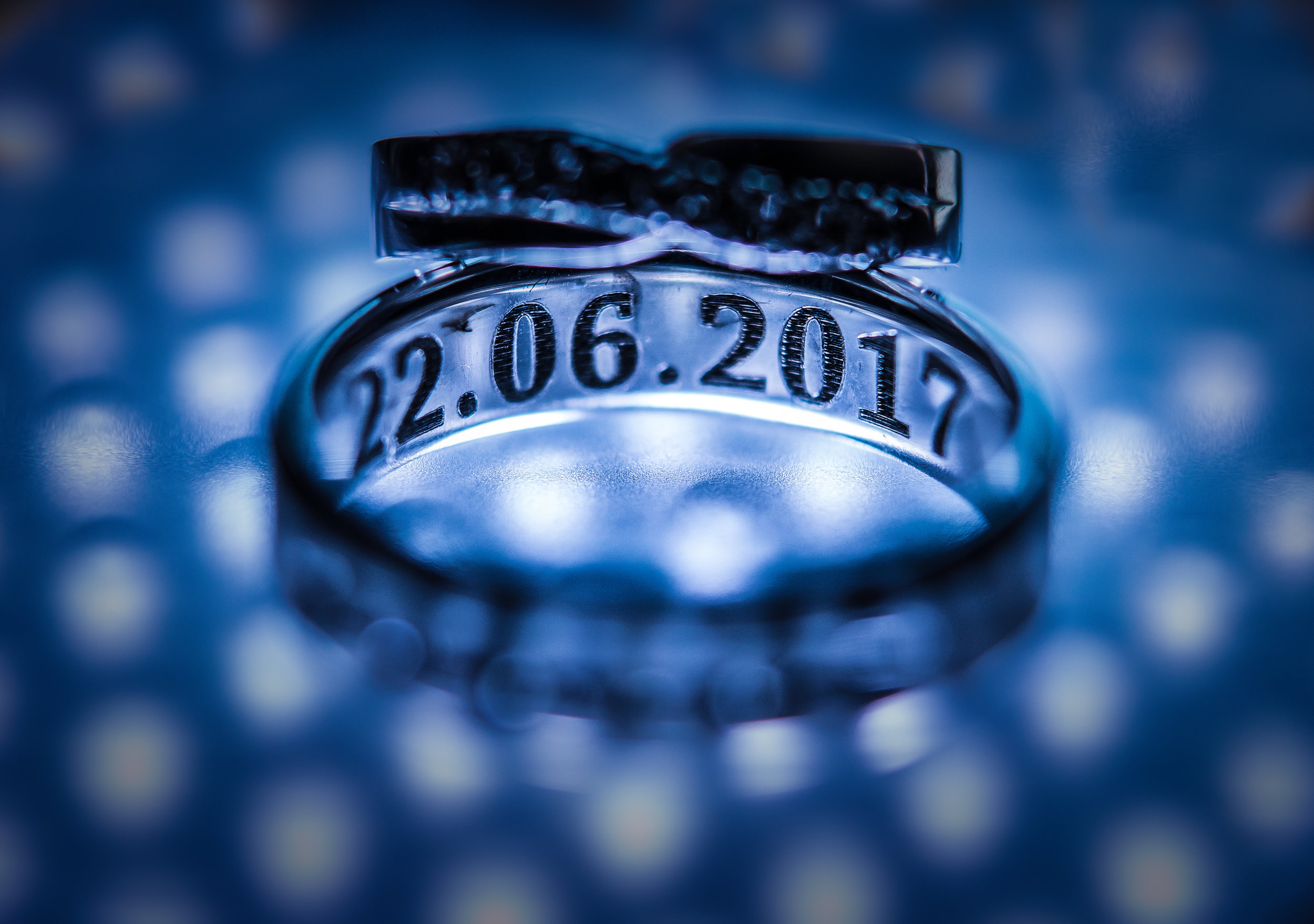 westenhangar-castle-kent-london-wedding-photography-rings-26