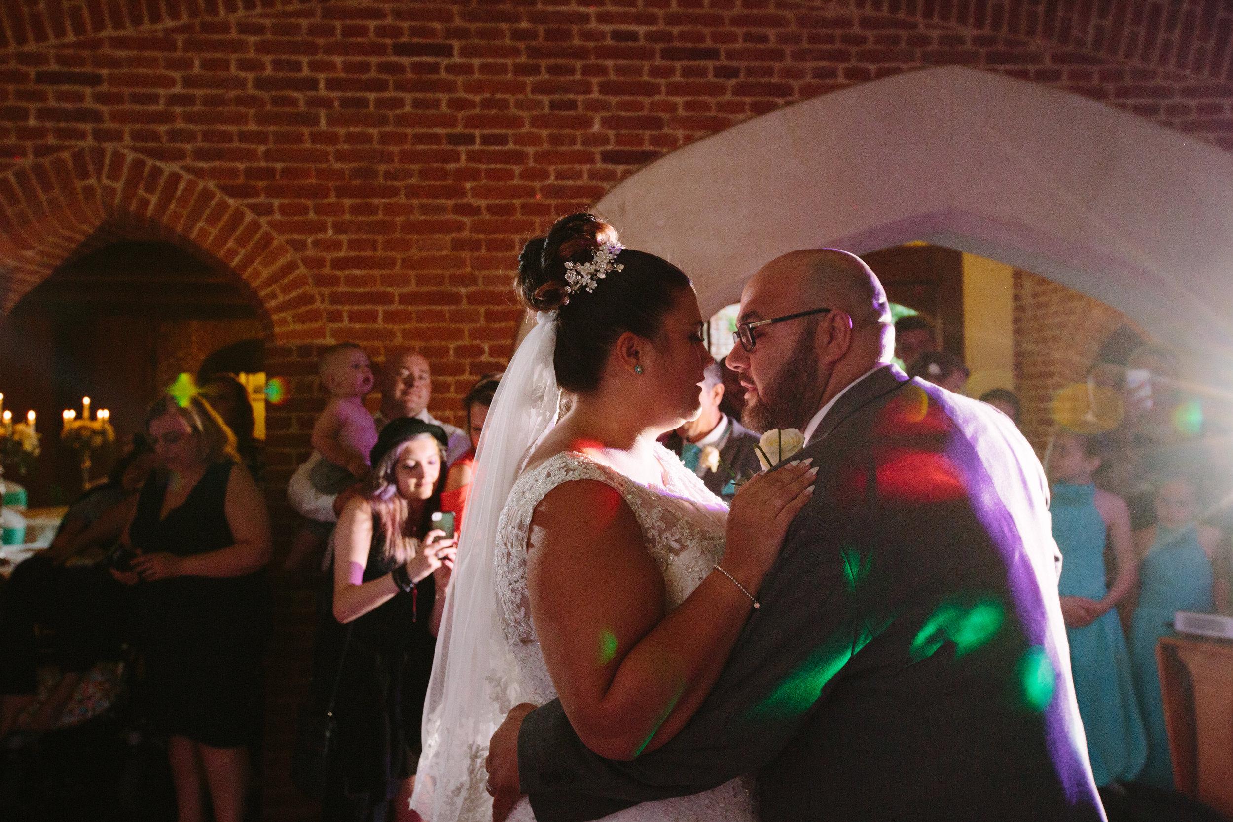 westenhangar-castle-kent-london-wedding-photography-first-dance-68