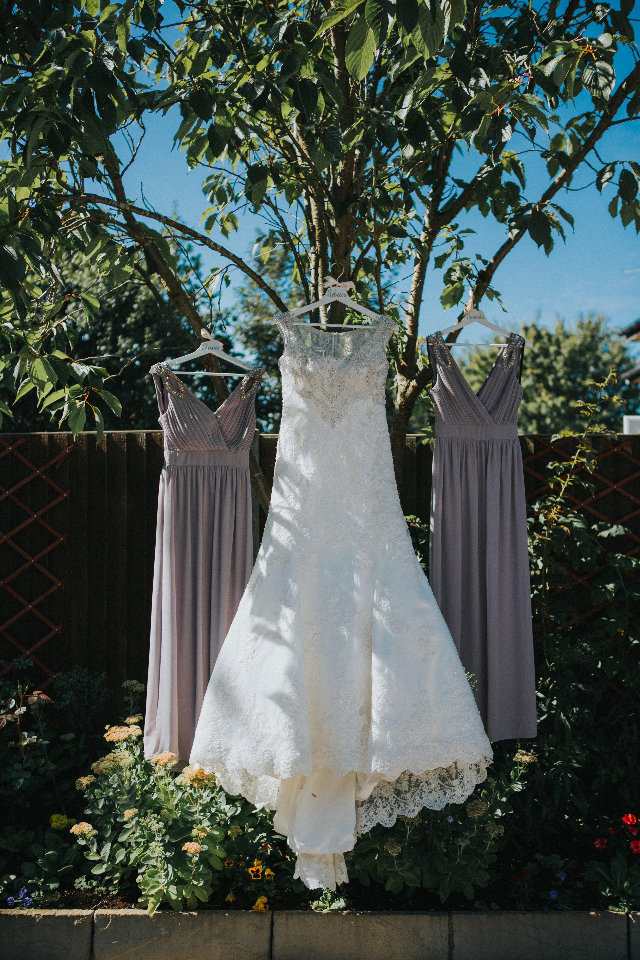 hertfordshire-hitchin-london-wedding-photography-St-bonaventures-catholic-church-bridal-prep-07