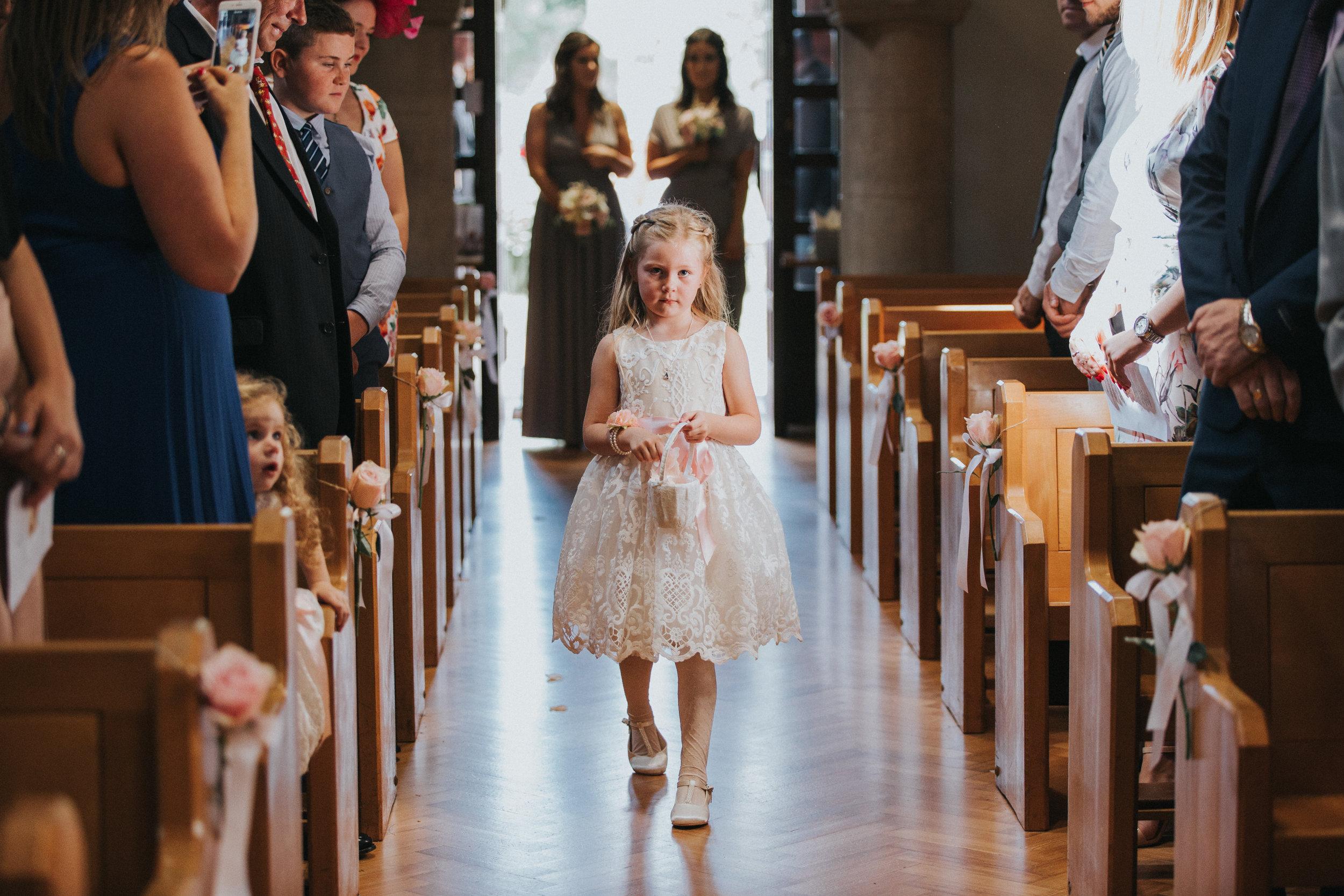 hitchin-hertfordshire-london-wedding-photography-catholic-flower-girl-20