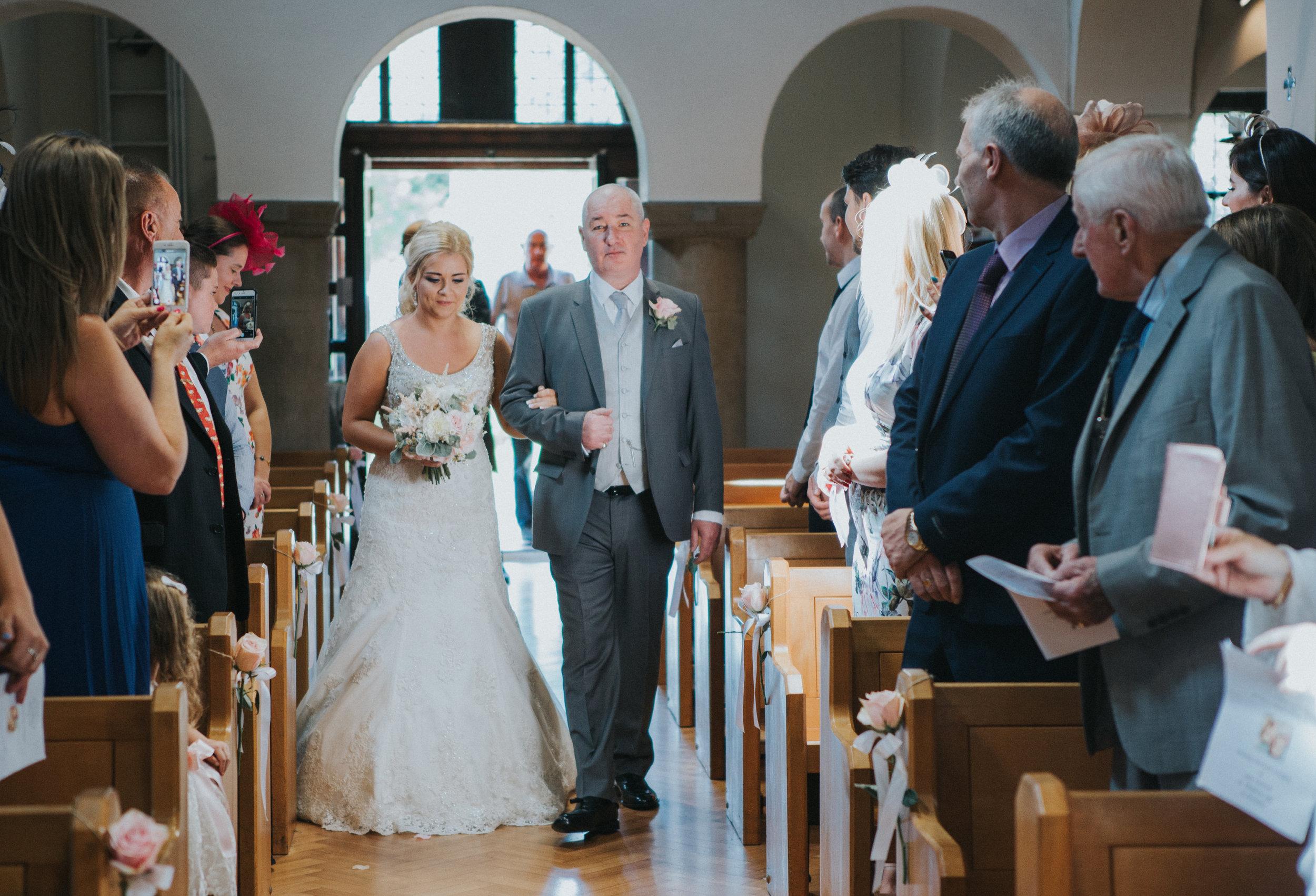 hitchin-hertfordshire-london-wedding-photography-catholic-ceremony-23