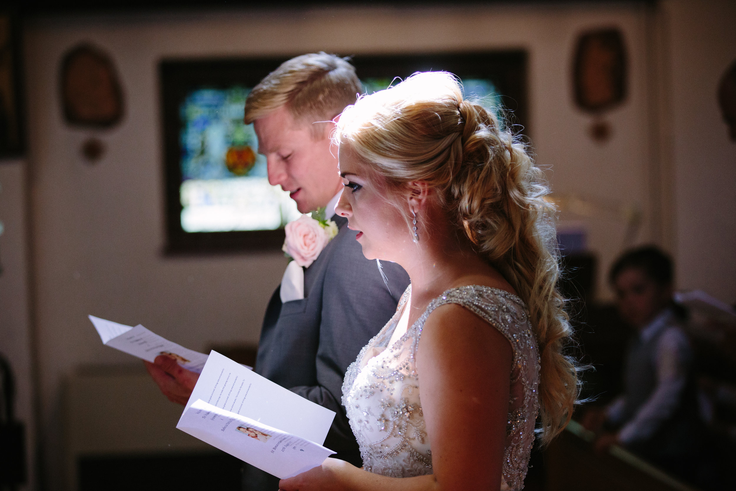 hitchin-hertfordshire-london-wedding-photography-catholic-ceremony-27