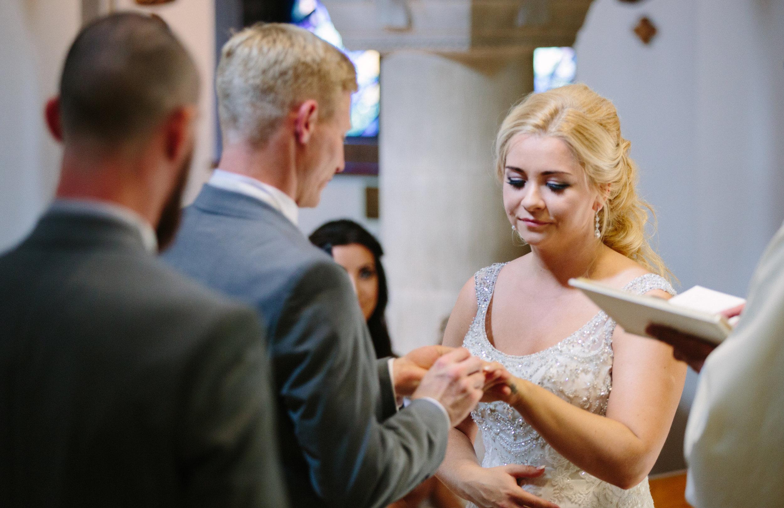 hitchin-hertfordshire-london-wedding-photography-catholic-ceremony-30