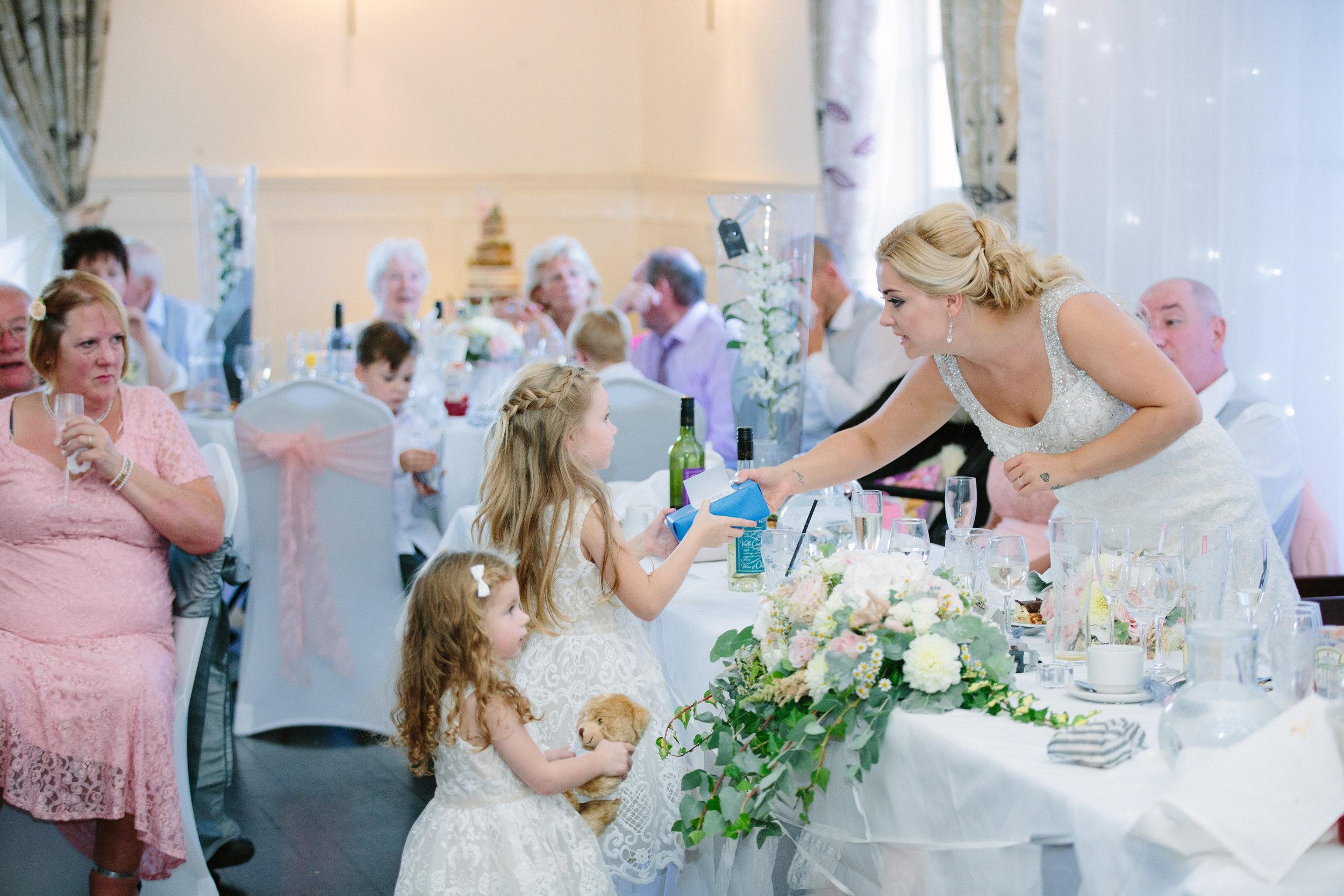 hitchin-hertfordshire-london-wedding-photography-catholic-church-sun-inn-reception-50